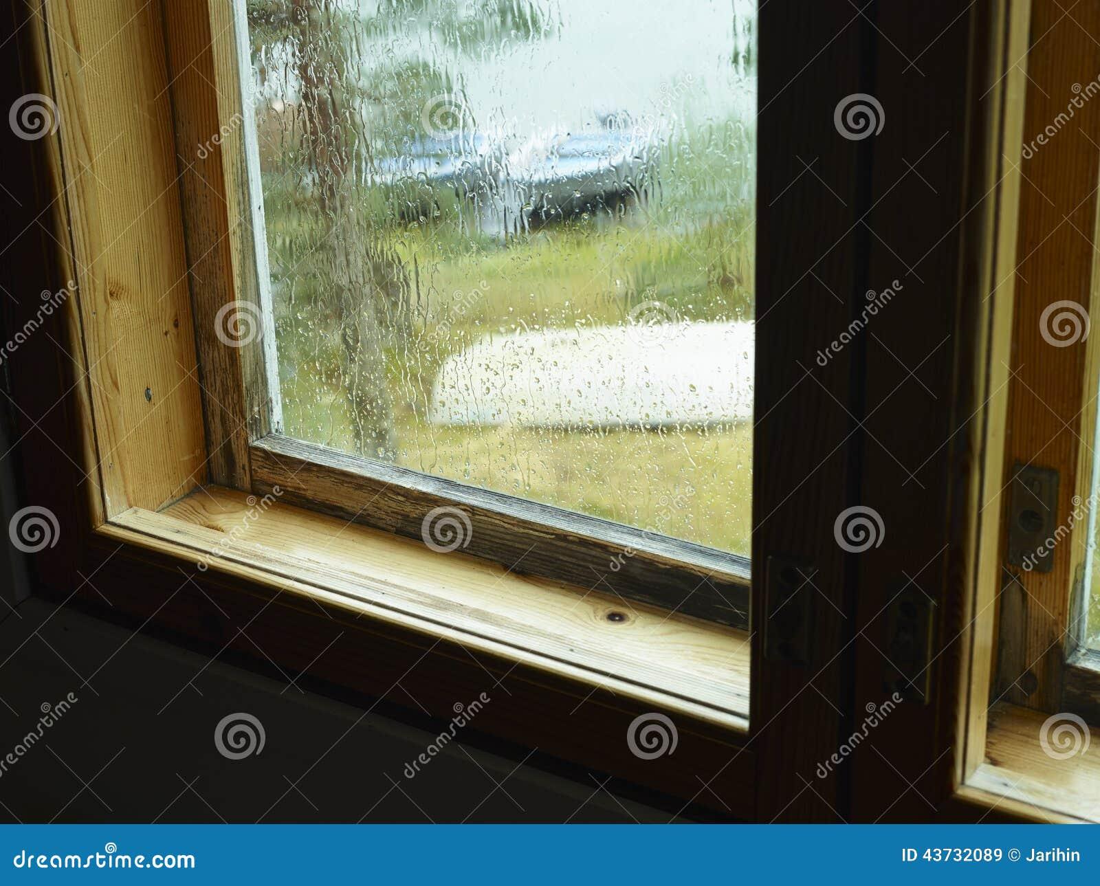 Condensation de pluie et d humidité