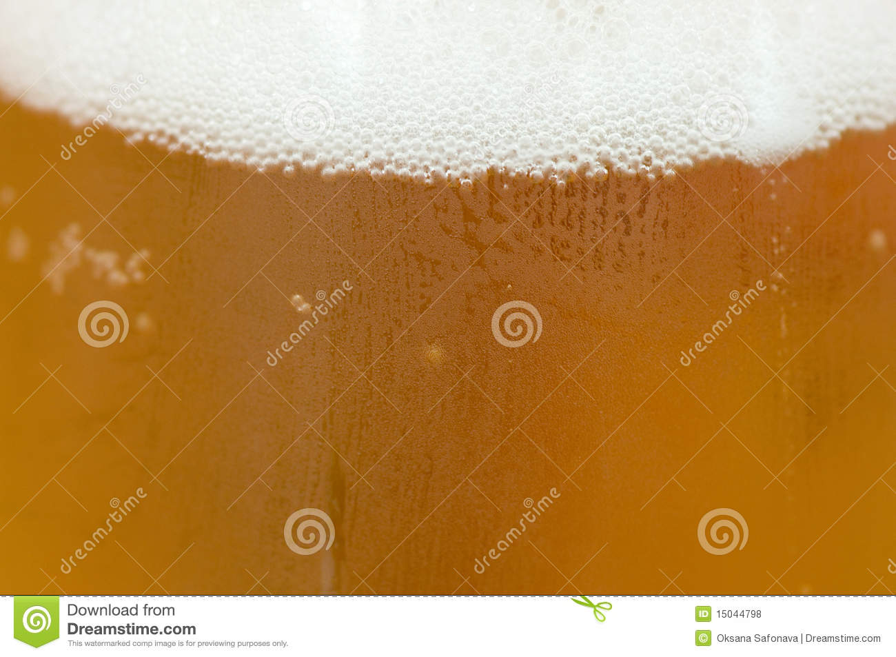 condensation on a glass of beer royalty free stock photos. Black Bedroom Furniture Sets. Home Design Ideas