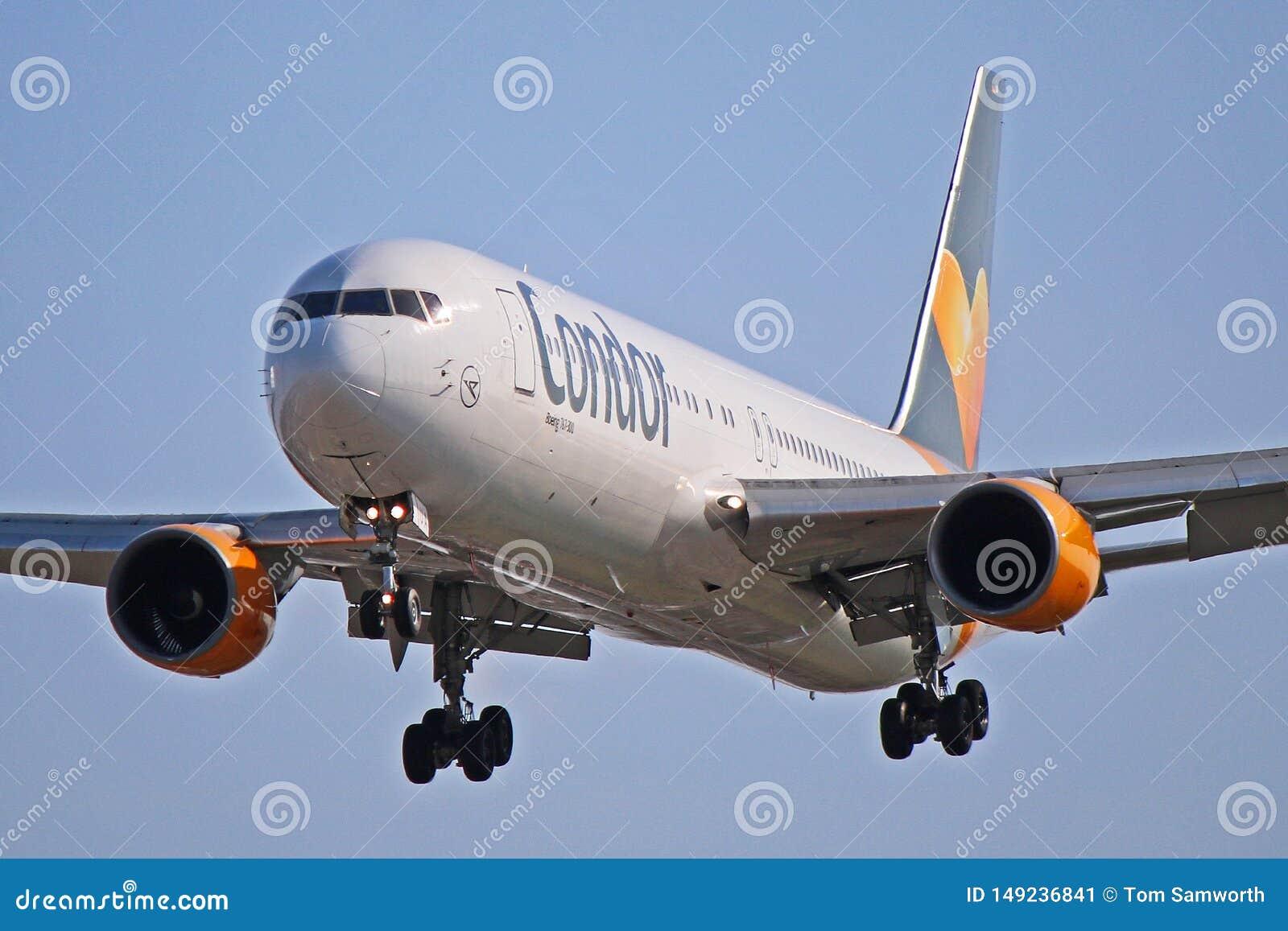 Xl seats 767 condor Condor selects