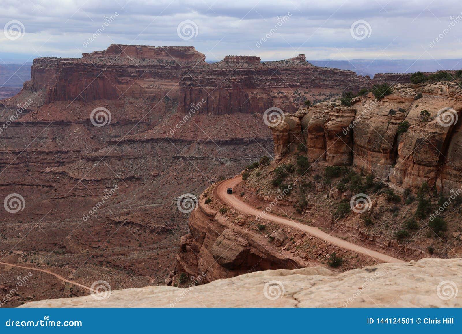 Condução em Shafer Canyon Road