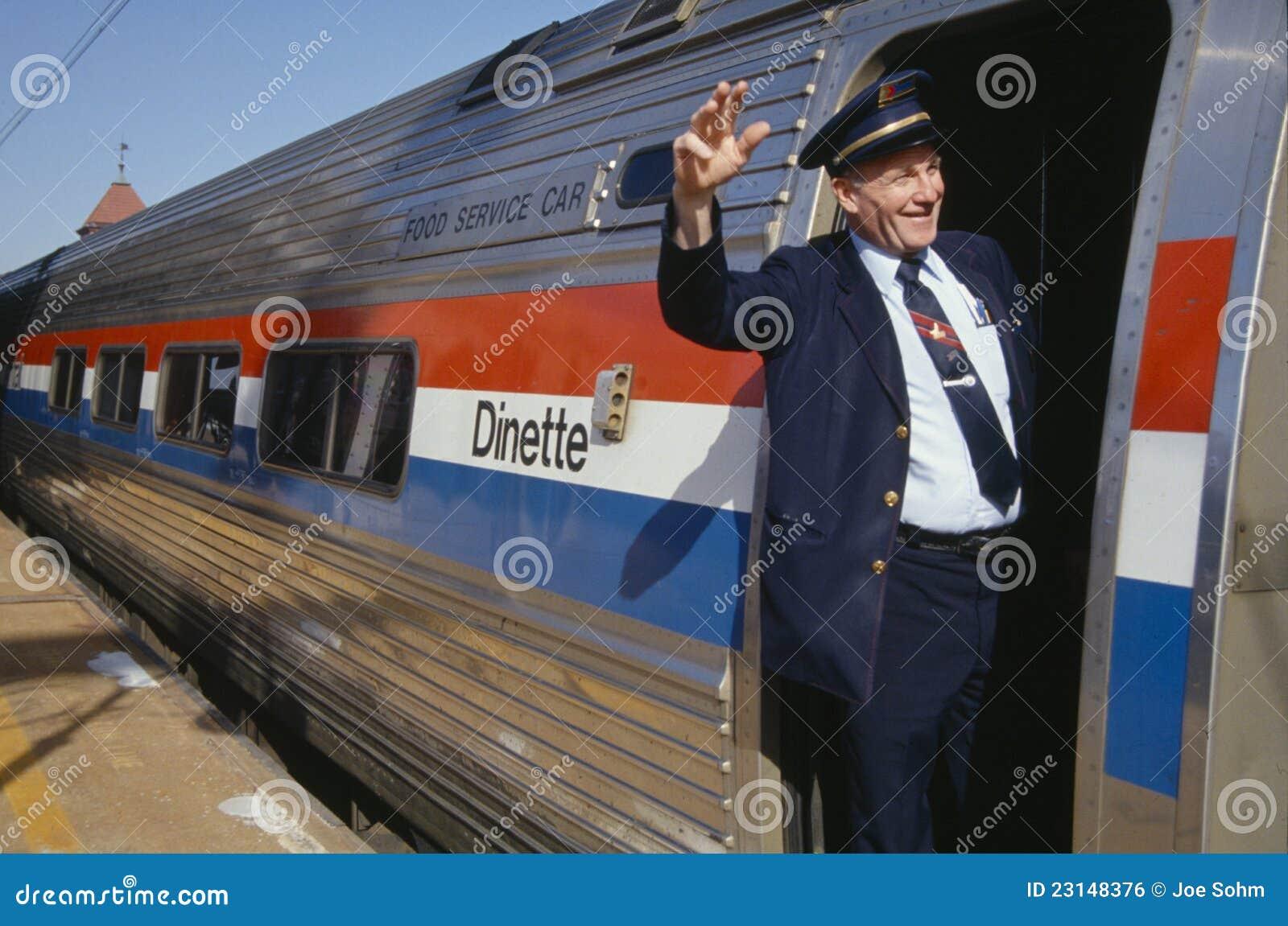 Conduttore di treno che fluttua sul treno