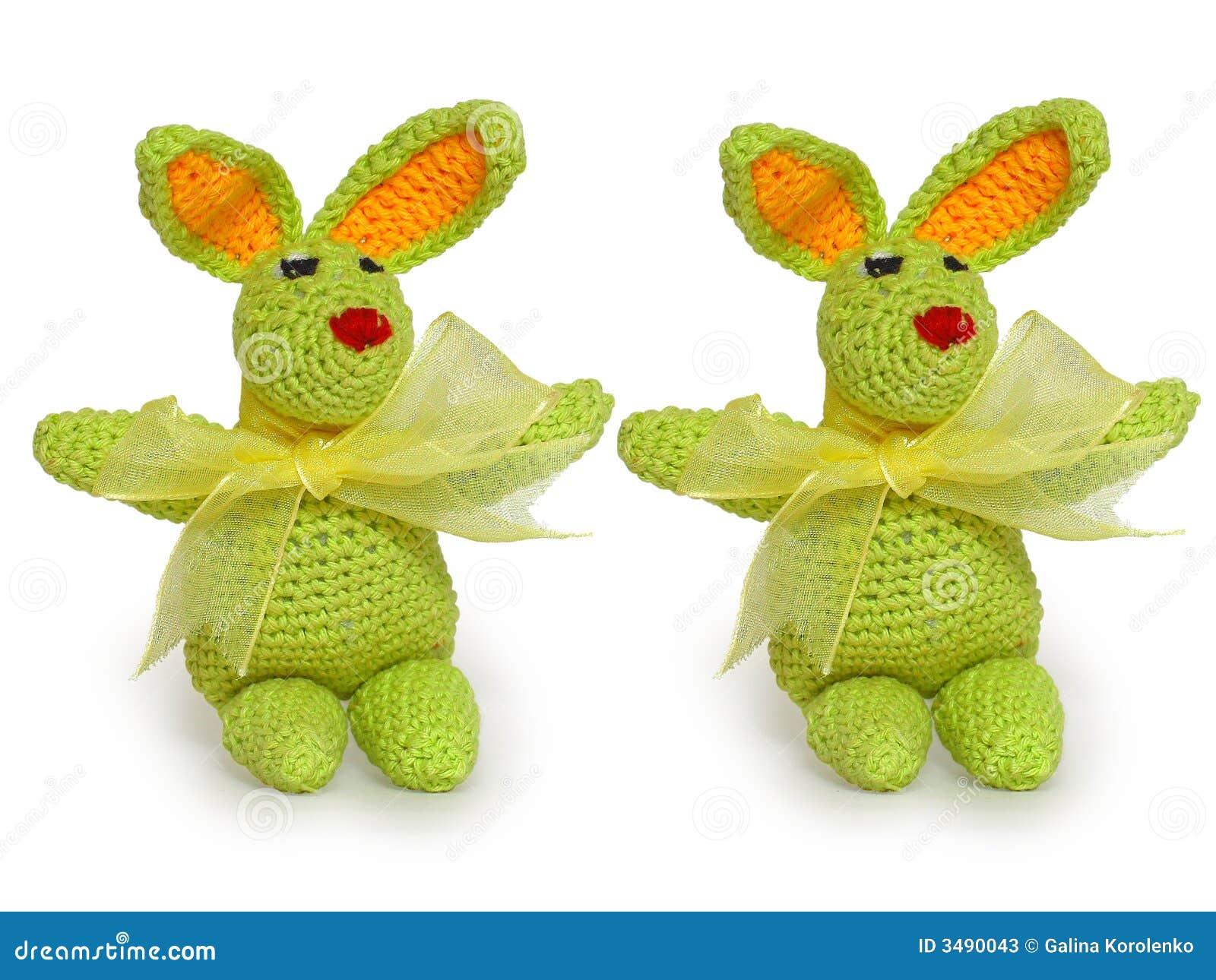 Conejos minúsculos verdes ornamentales