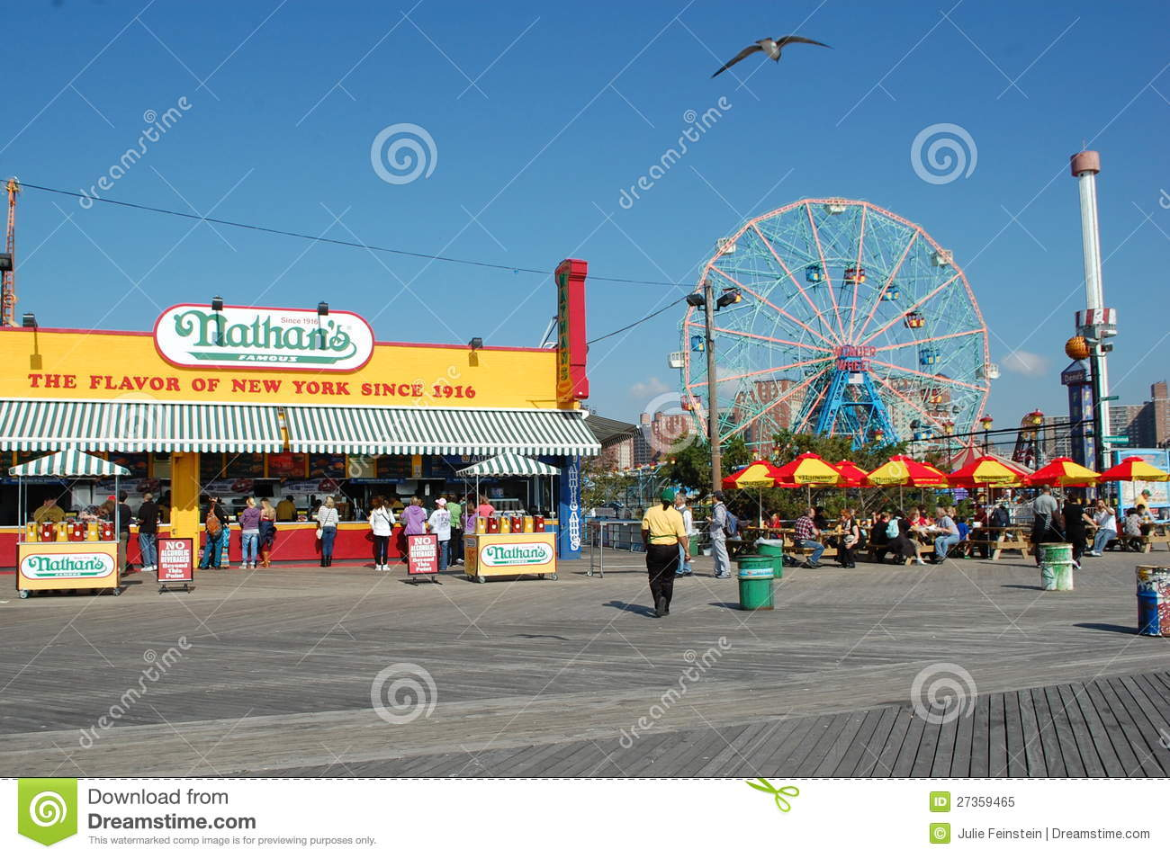 coney island in new york city editorial image image of shore snack 27359465. Black Bedroom Furniture Sets. Home Design Ideas