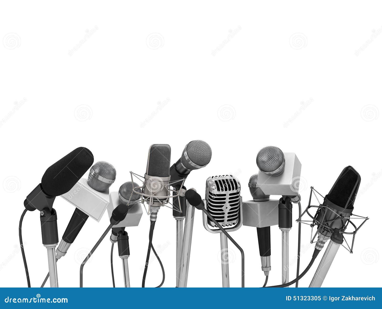 Conférence de presse avec les microphones debout