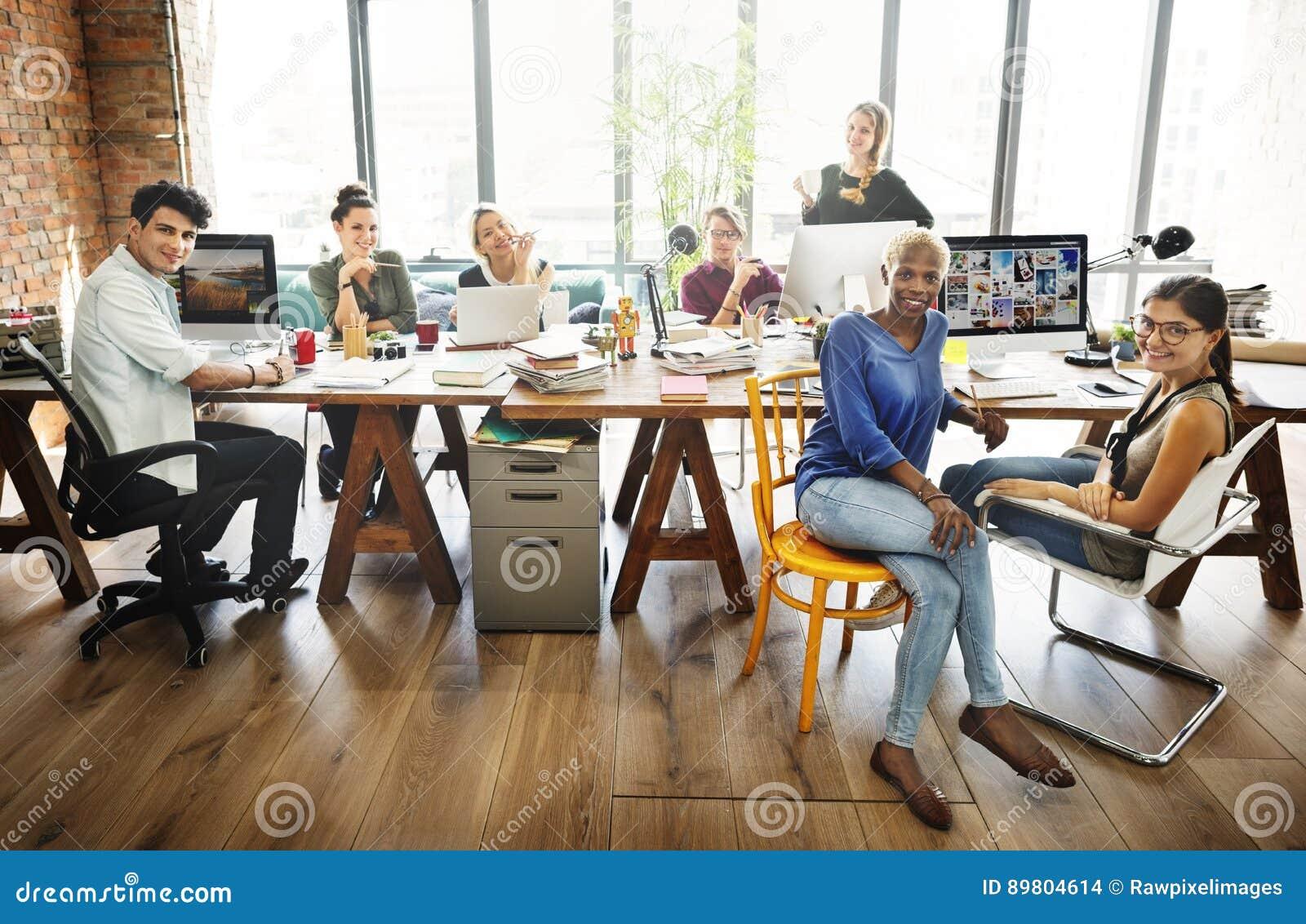 Conférence Team Concept de réunion de la société de collègues