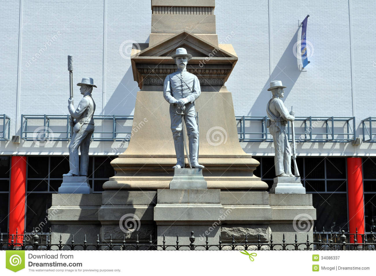 An image of the Confederate Monument Portsmouth, Virginia.