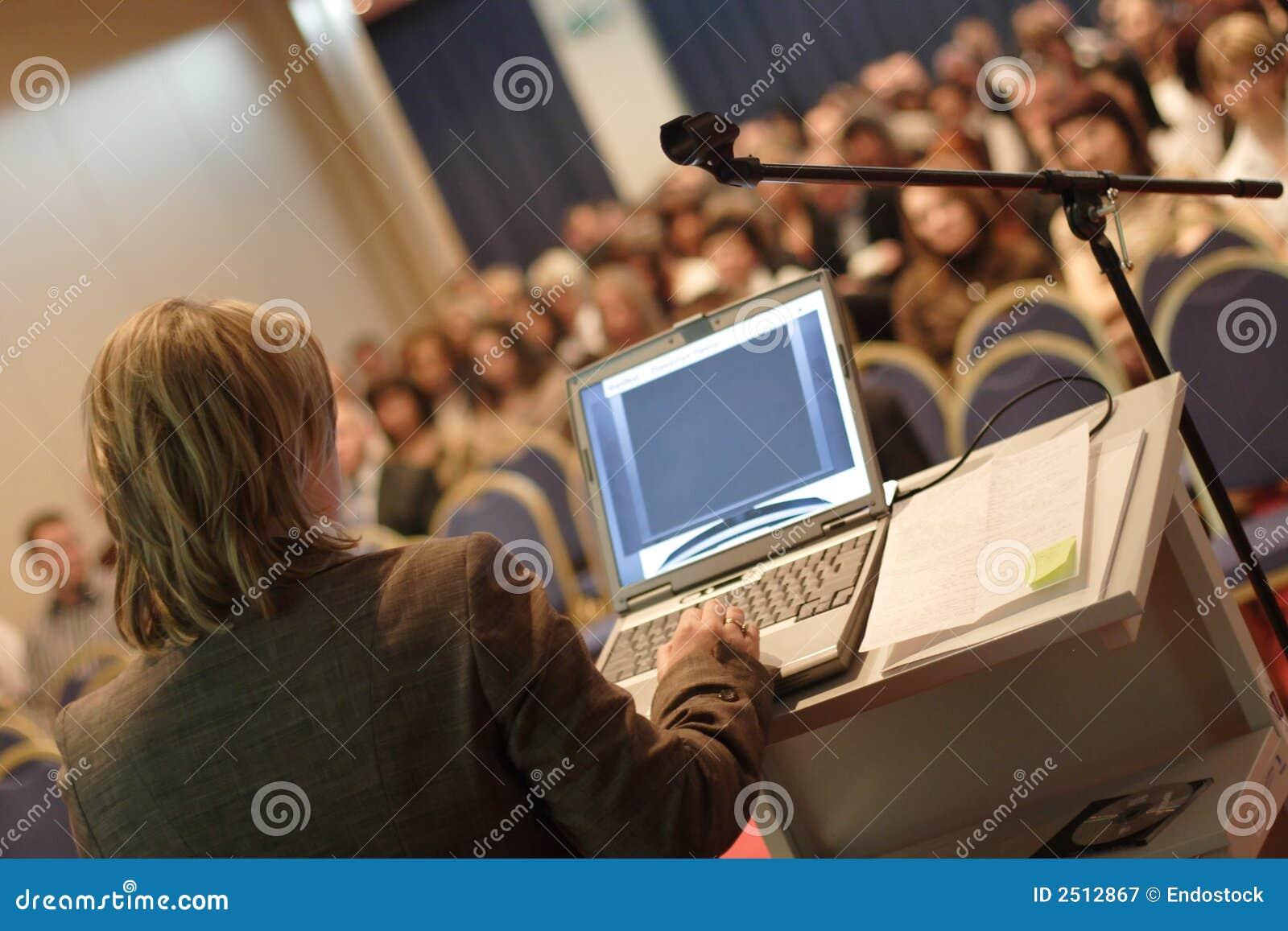 Conferenza alla convenzione