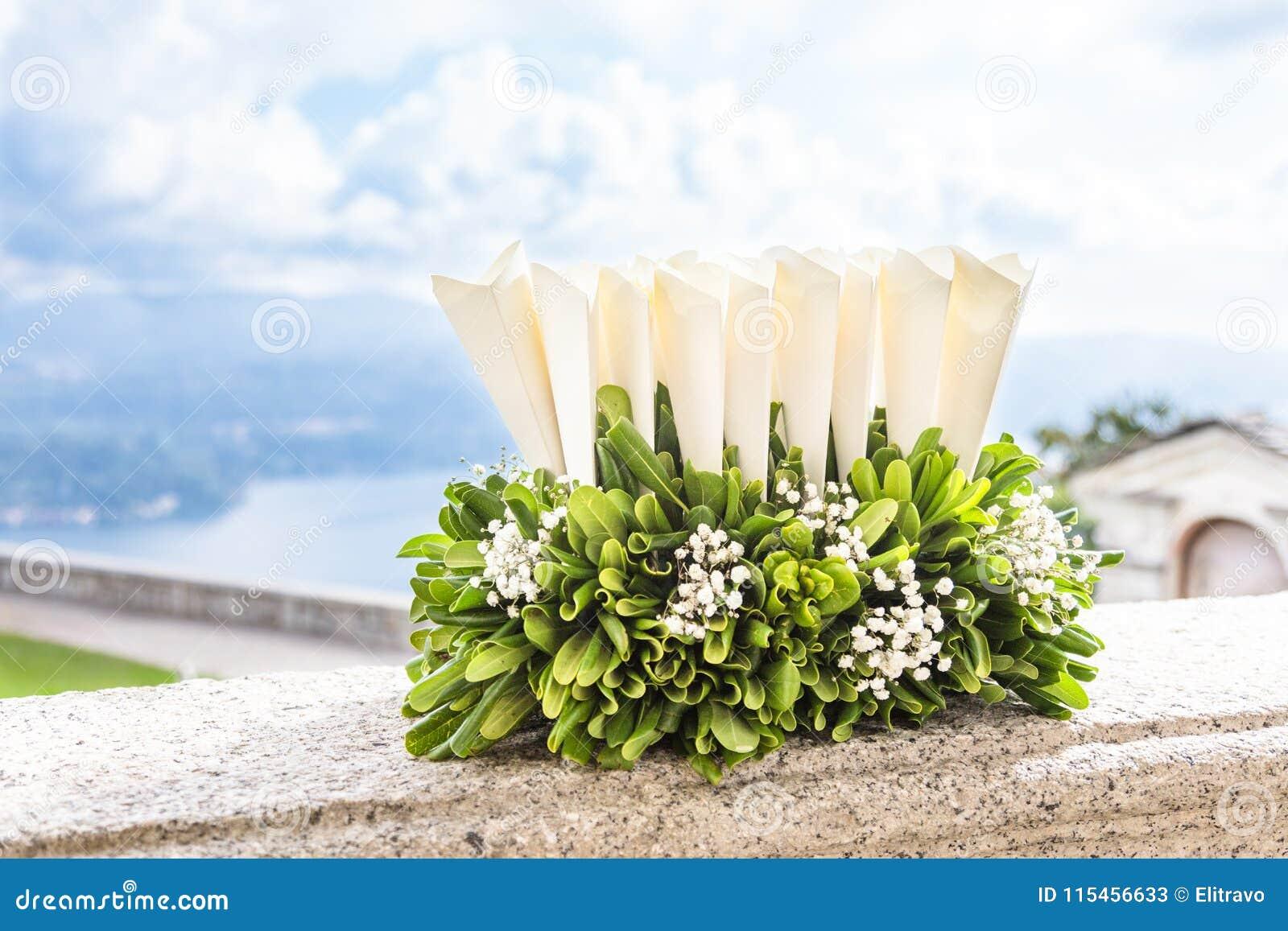 Confettis de mariage pour la cérémonie de mariage