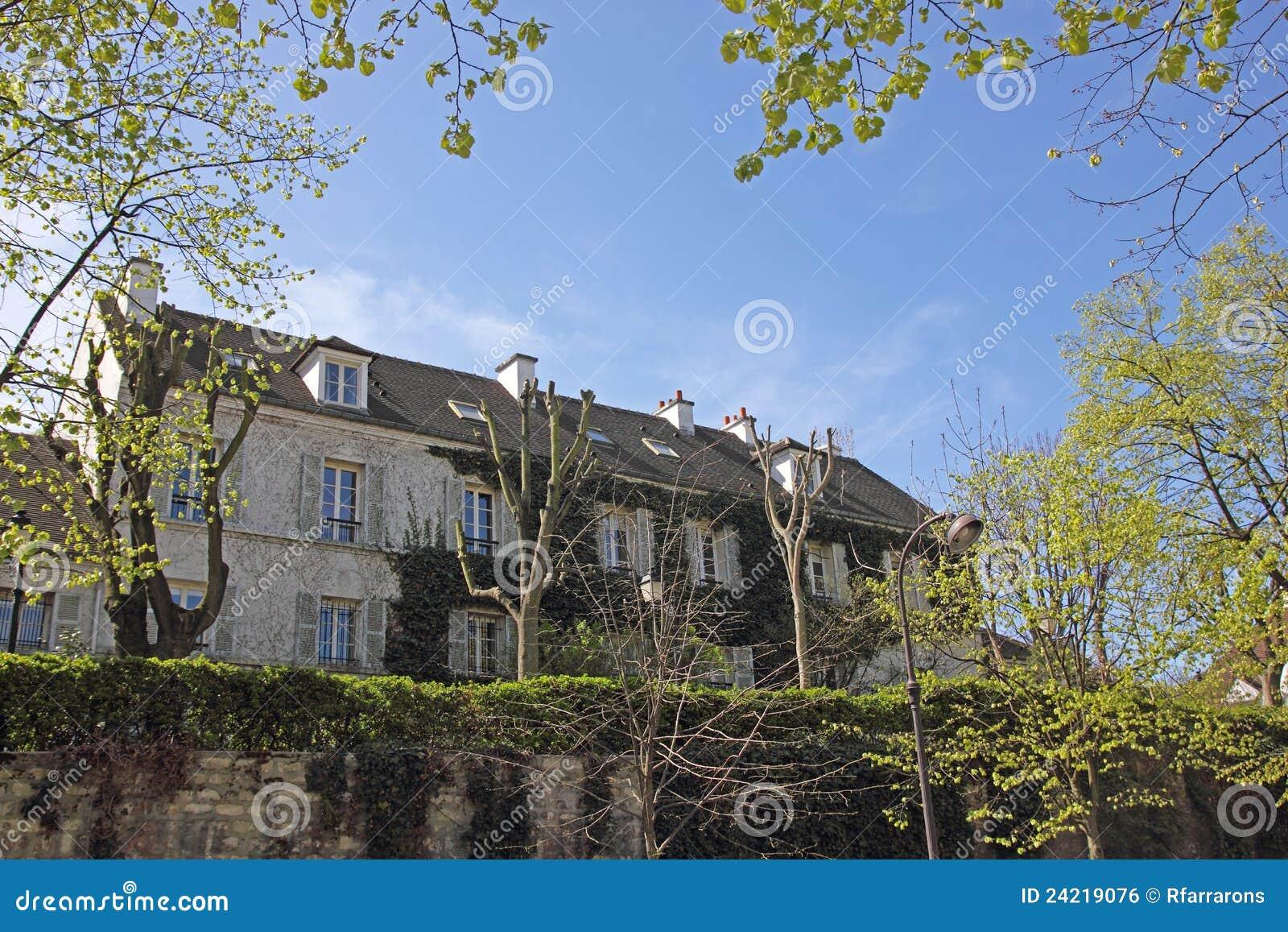 francesa casas en pars imagen de archivo libre de regalas