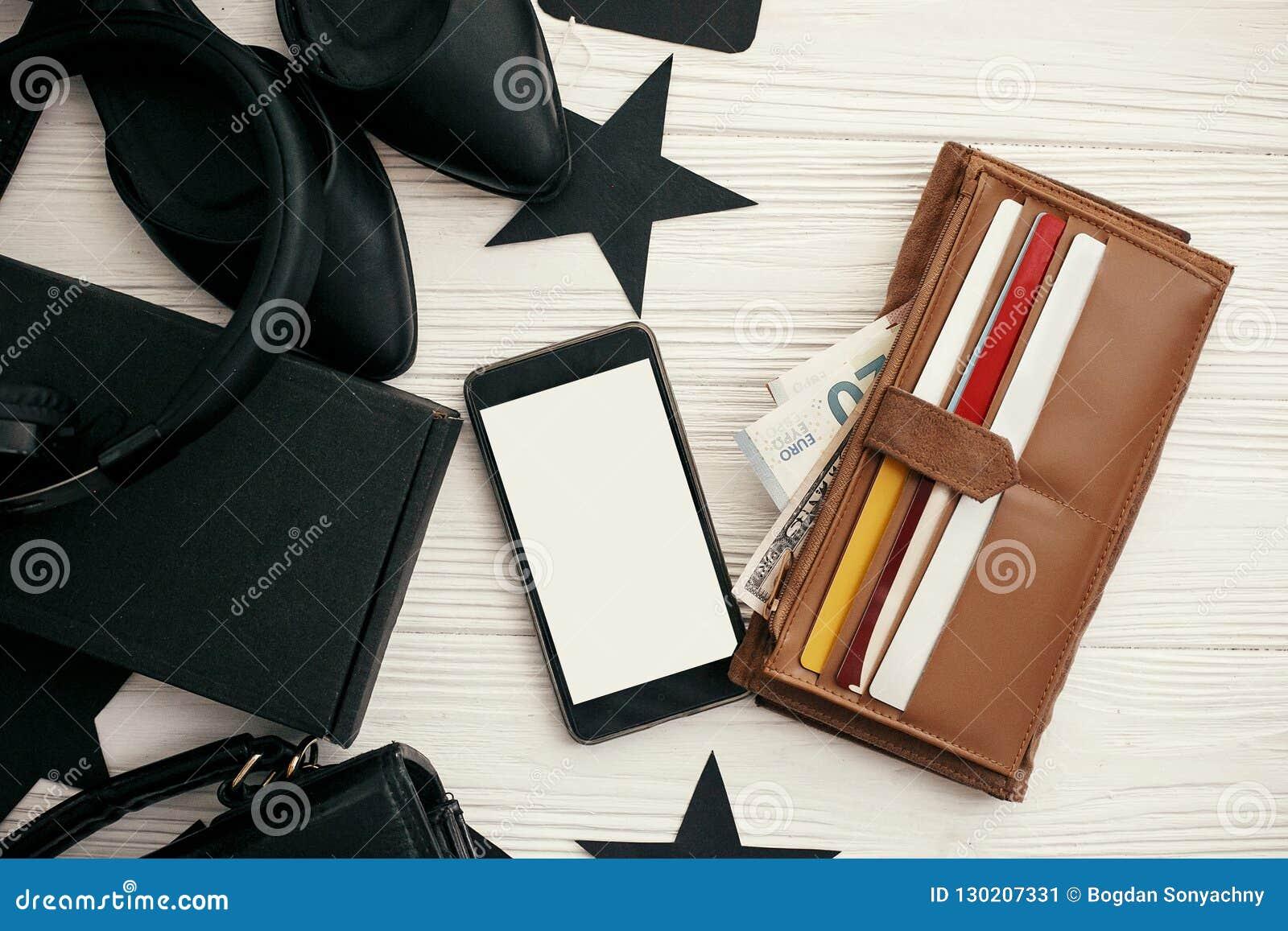 sélection mondiale de conception de la variété livraison gratuite Configuration Plate élégante De Black Friday Téléphone Avec ...