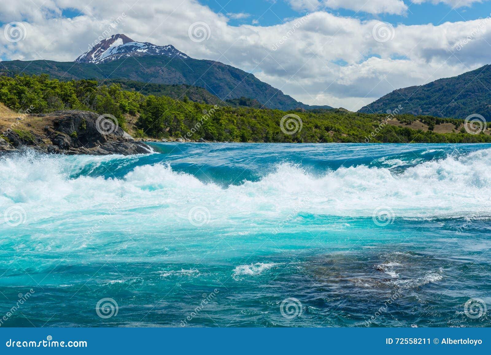 Confluent de rivière de Baker et de rivière de Neff, Chili