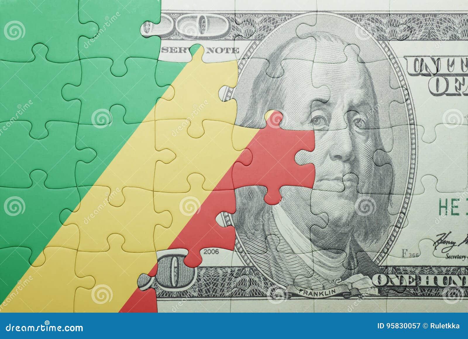 Confunda com a bandeira nacional da república Congo e da cédula do dólar