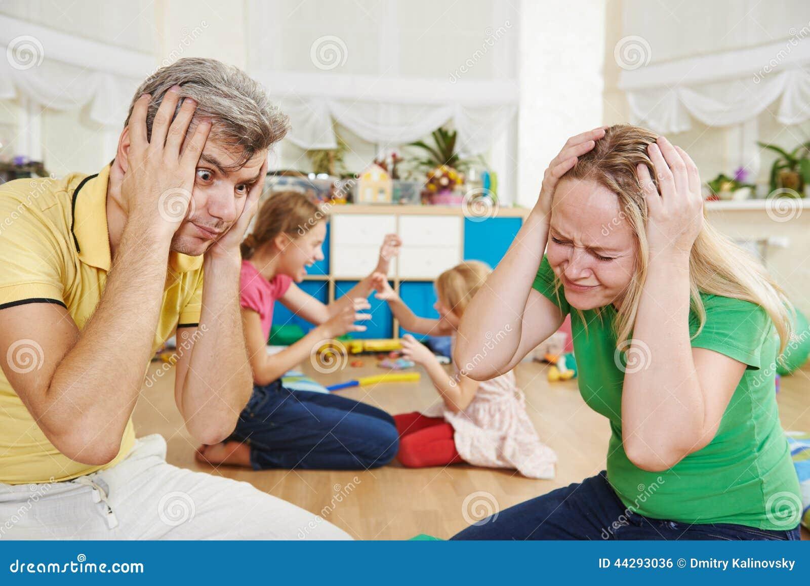 Risultati immagini per foto di bambini in confusione