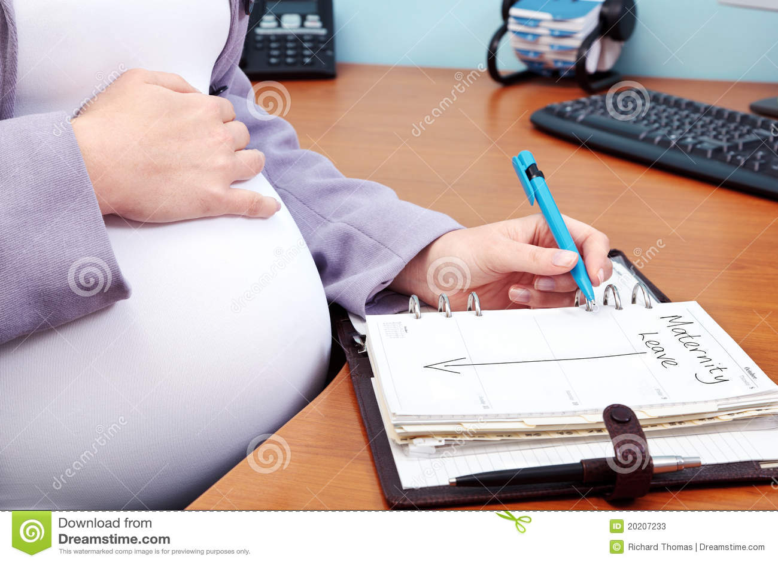 Congé de maternité de maternité
