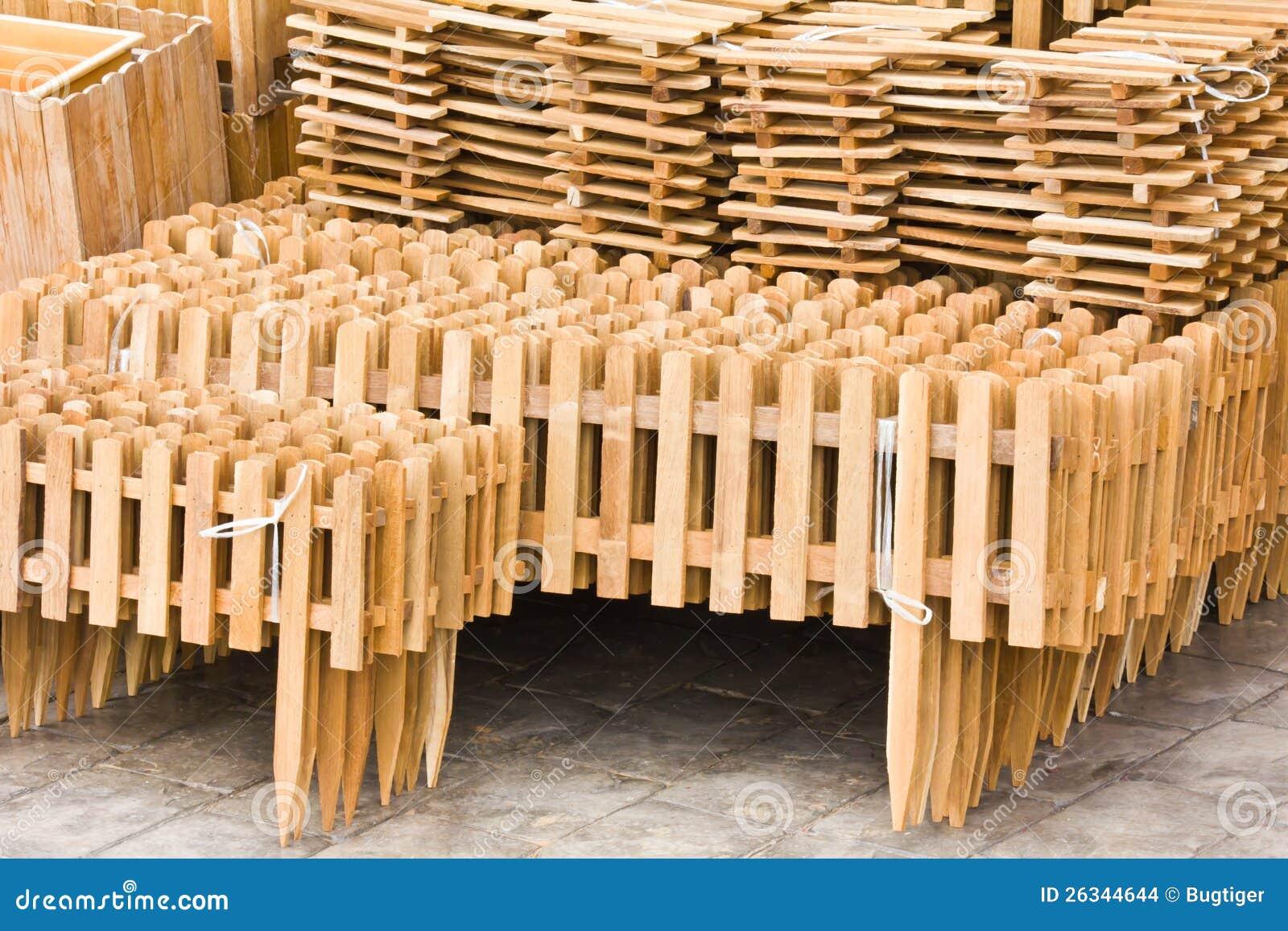 Conjunto de cercas de madera imagenes de archivo imagen for Conjuntos de jardin madera