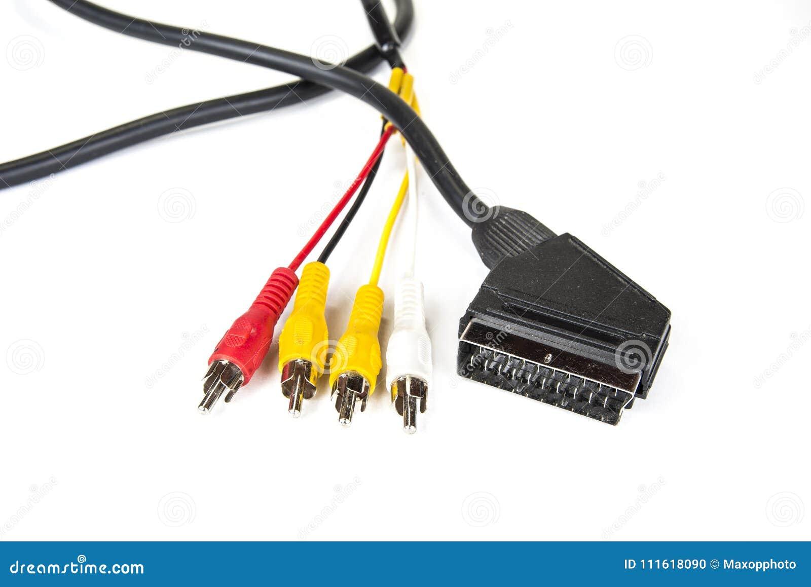Connecteurs noirs de câble et de sangle de scart sur le blanc