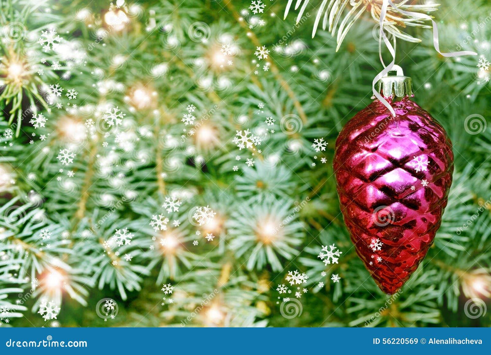 Cono del pino del juguete de la Navidad