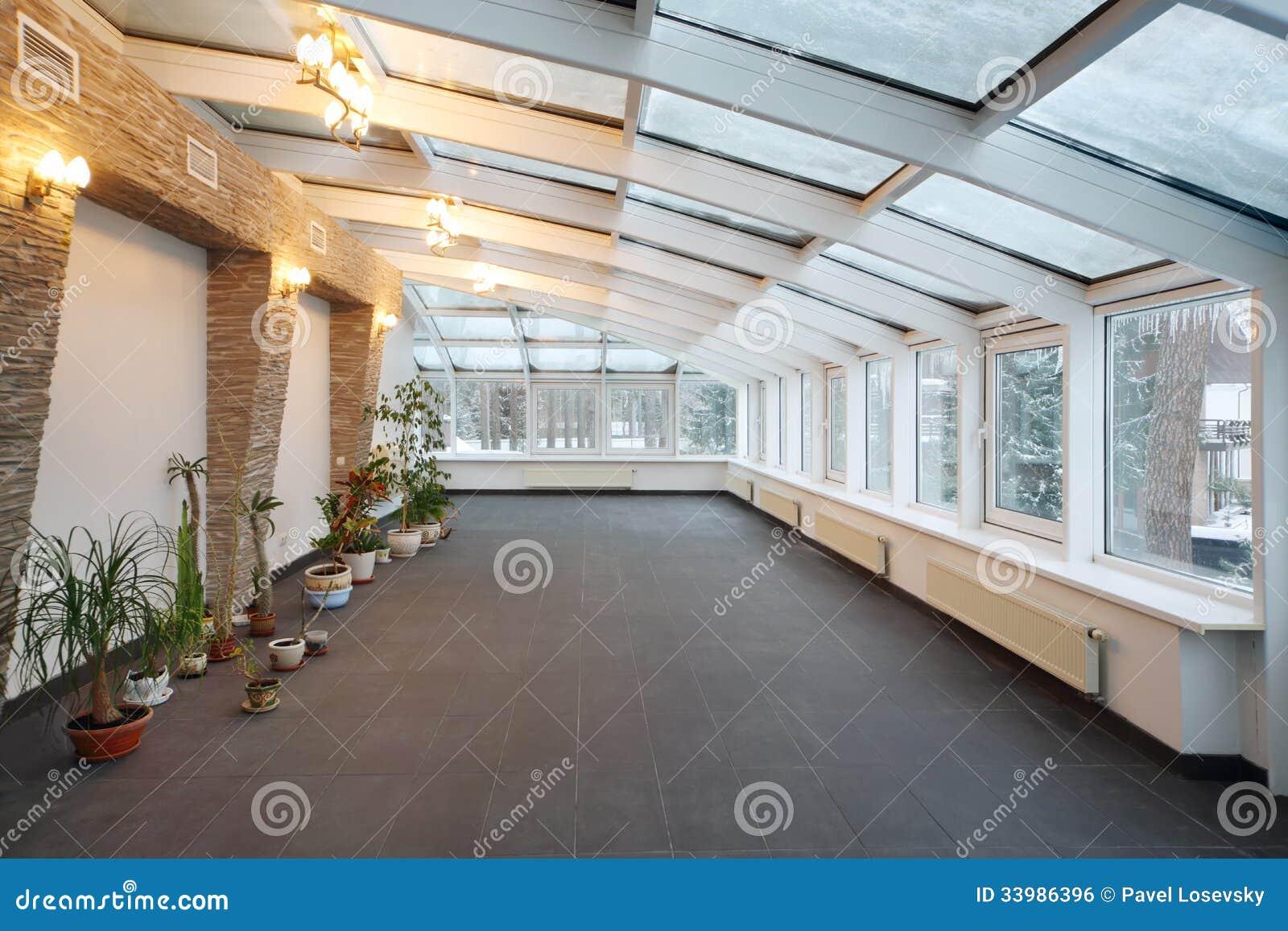 De Plantas E Do Teto De Vidro Imagem de Stock Royalty Free Imagem #966935 1300x957 Banheiro Com Teto De Vidro