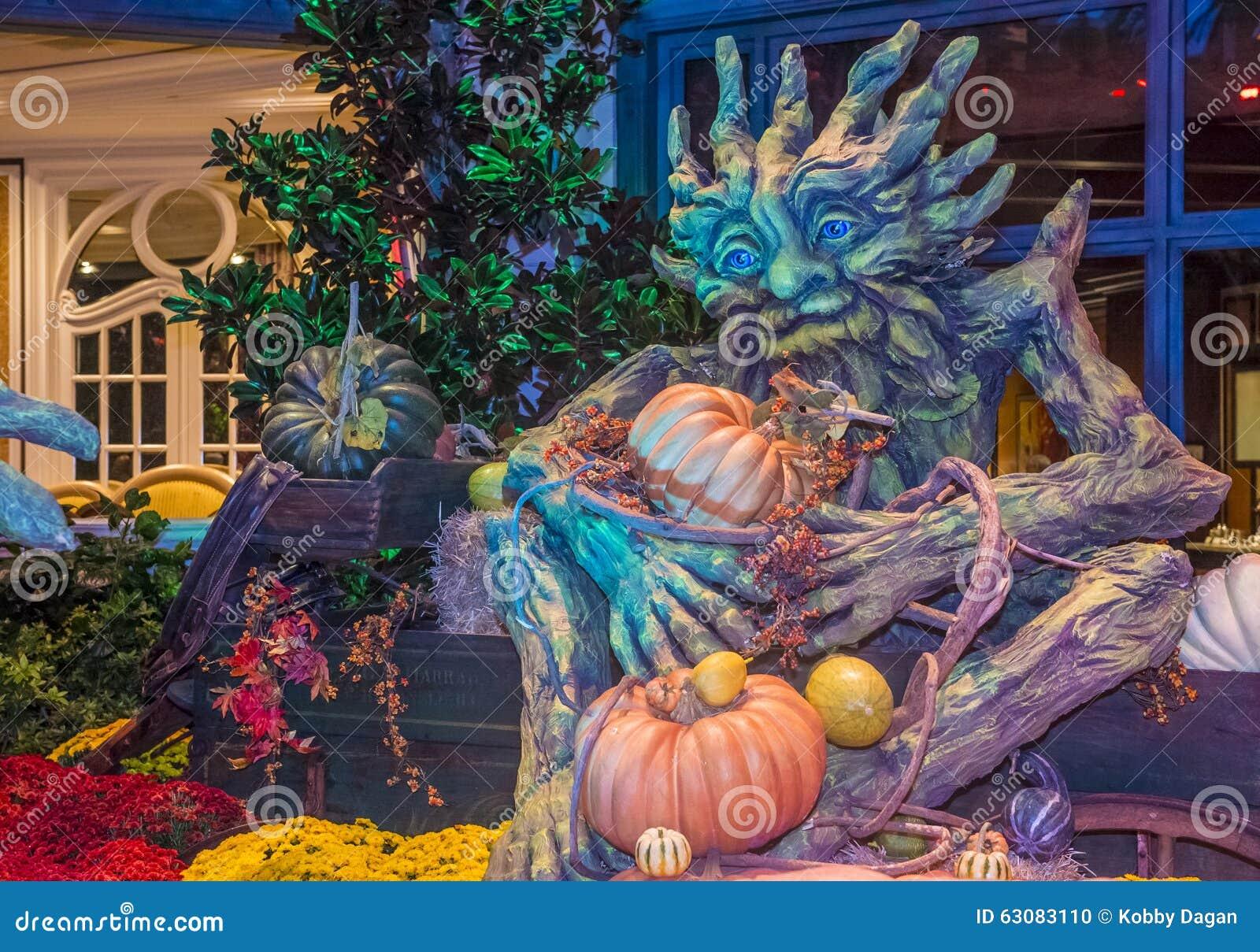Download Conservatoire D'hôtel De Bellagio Et Jardins Botaniques Image éditorial - Image du décoration, novembre: 63083110
