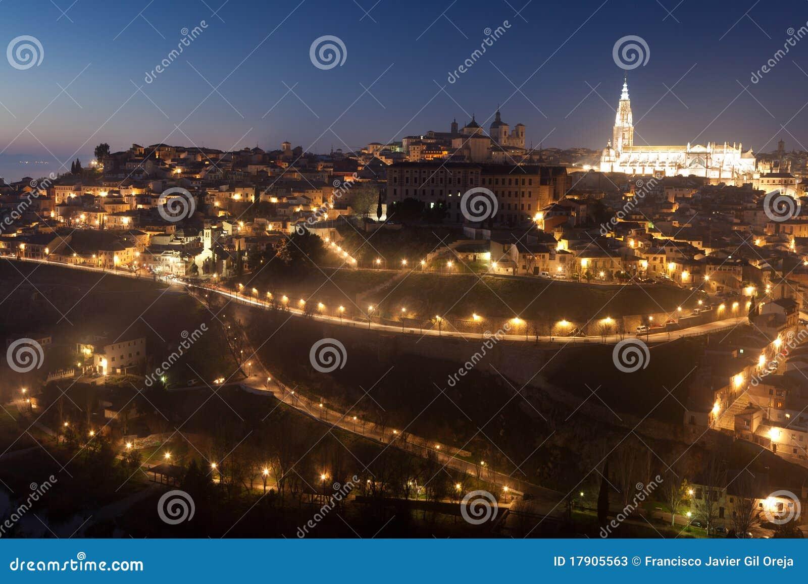 Consiga la obscuridad en Toledo