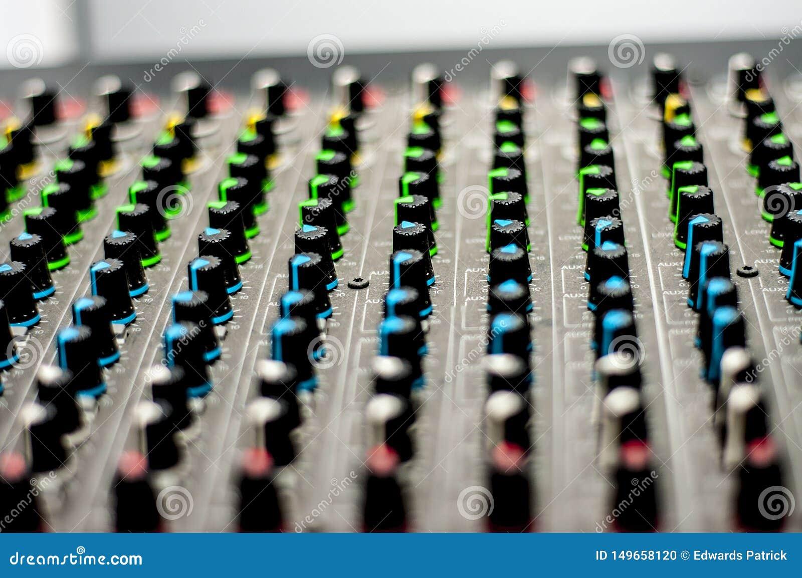 Consola audio del mezclador