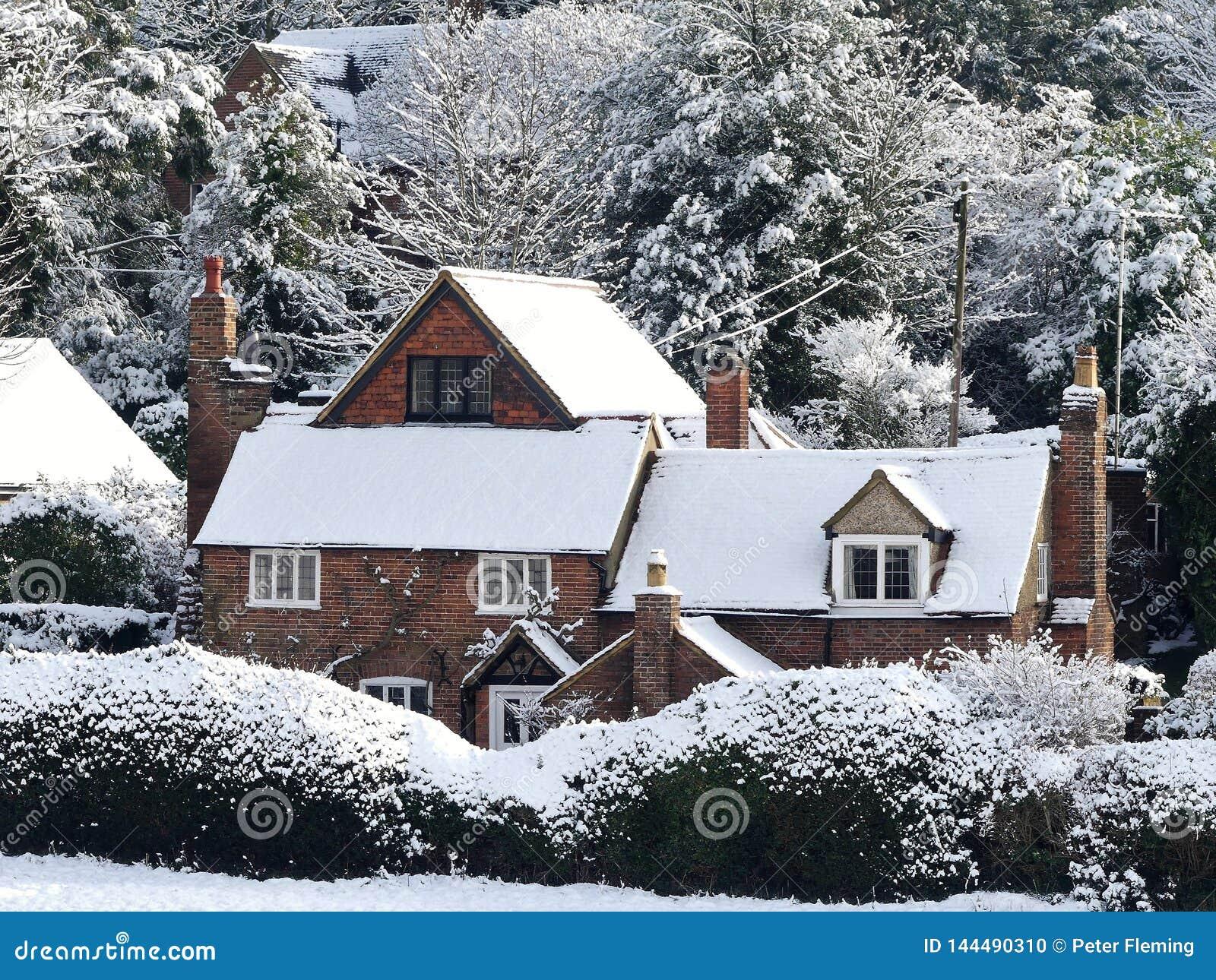 Constables Plattelandshuisje, de Steeg van de Hondkennel, Chorleywood in de wintersneeuw