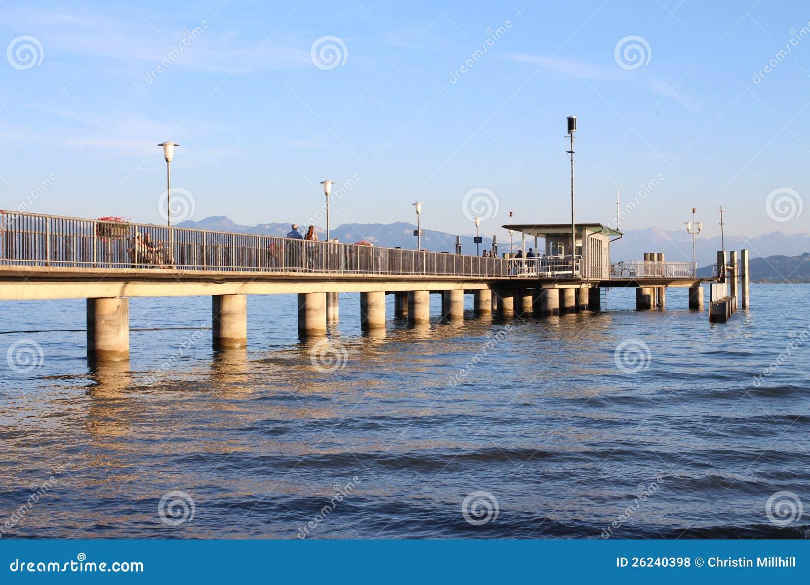 Constance jeziorny Schronienie