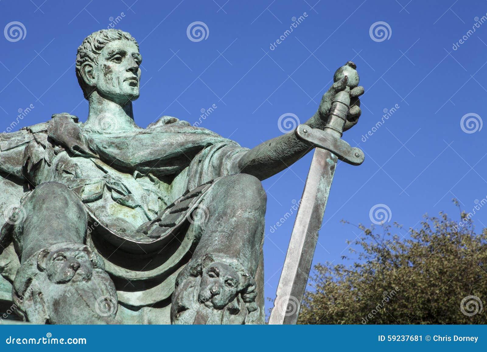 Download Constantina La Gran Estatua En York Foto editorial - Imagen de monumento, grande: 59237681