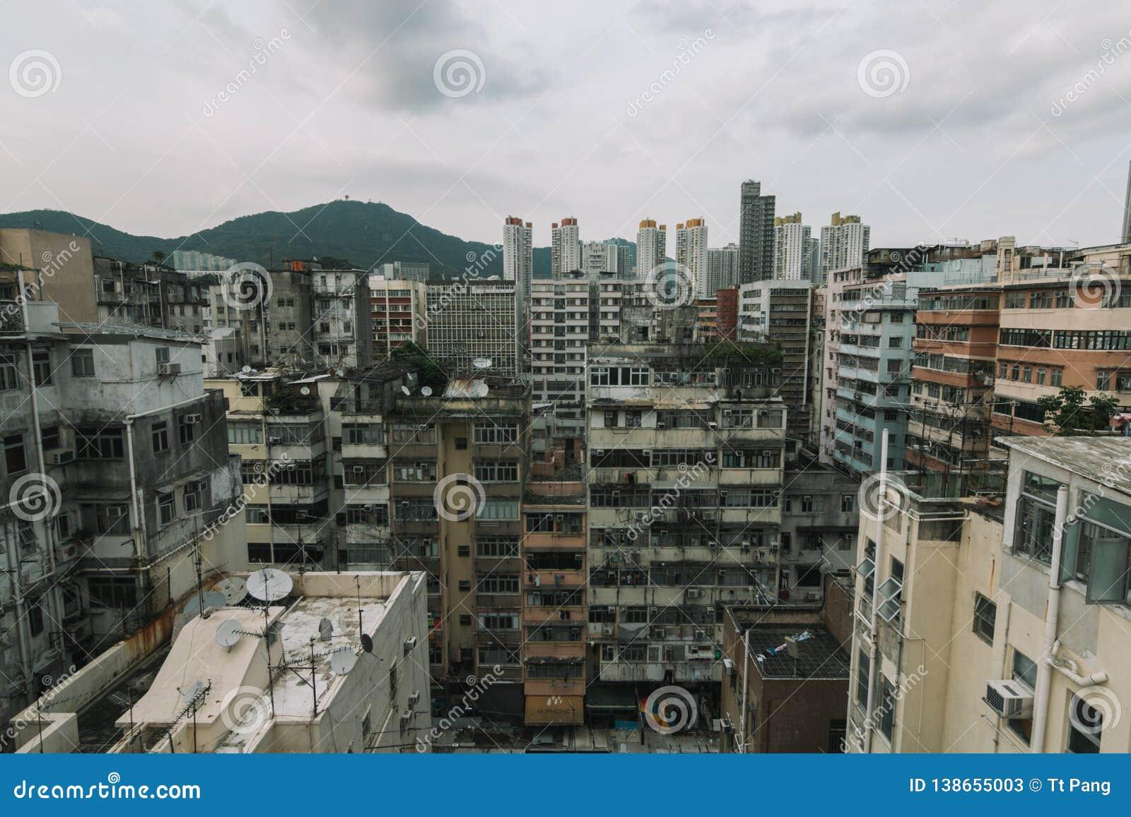 Construção abarrotado de Hong Kong