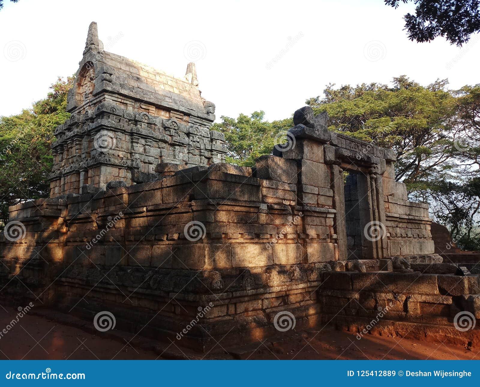 Construção antiga feita pelo granito macio