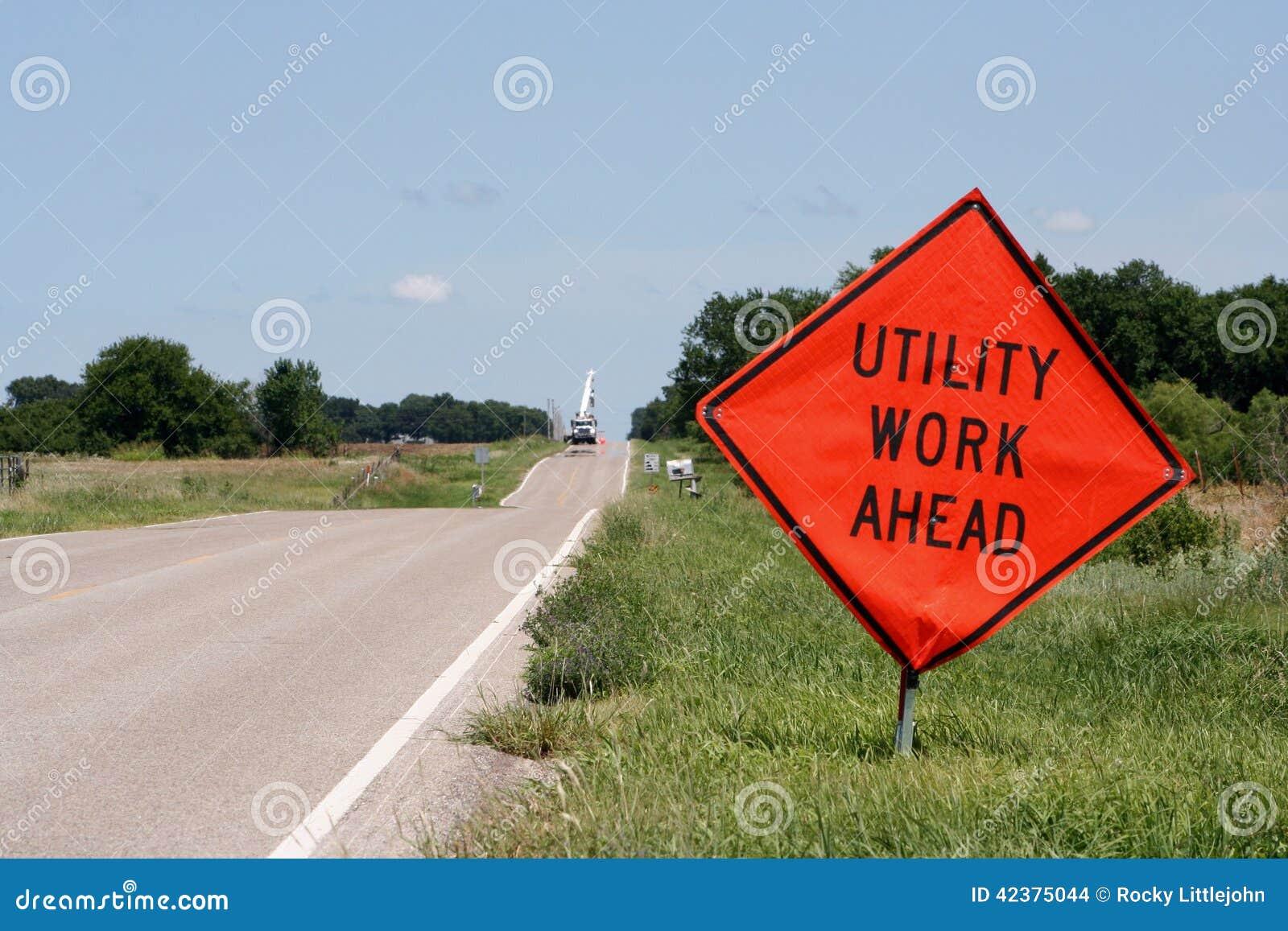 Construção de serviço público adiante