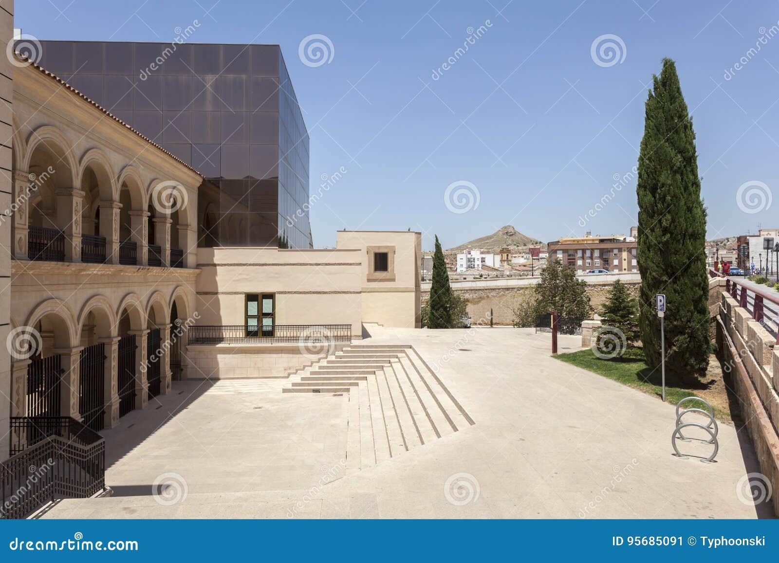 Construção histórica do convento em Lorca, Espanha