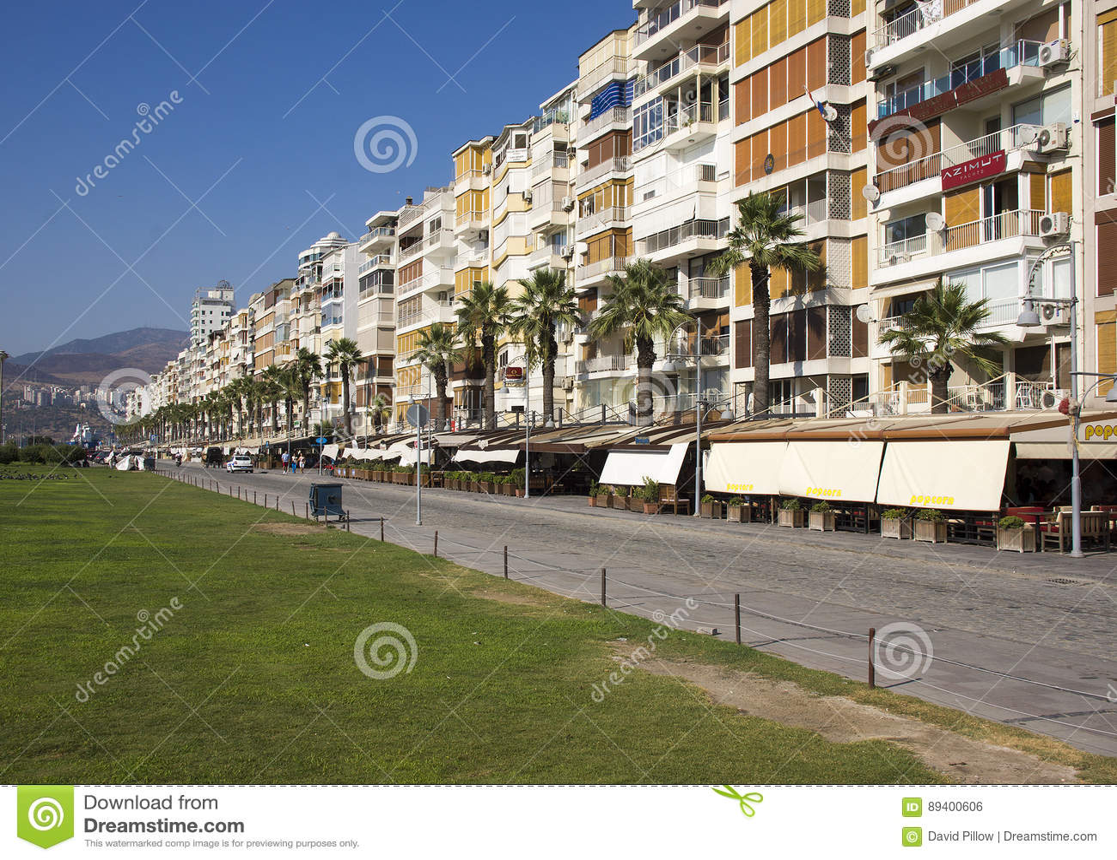 Construções de Izmir ao longo do golfo de Izmir
