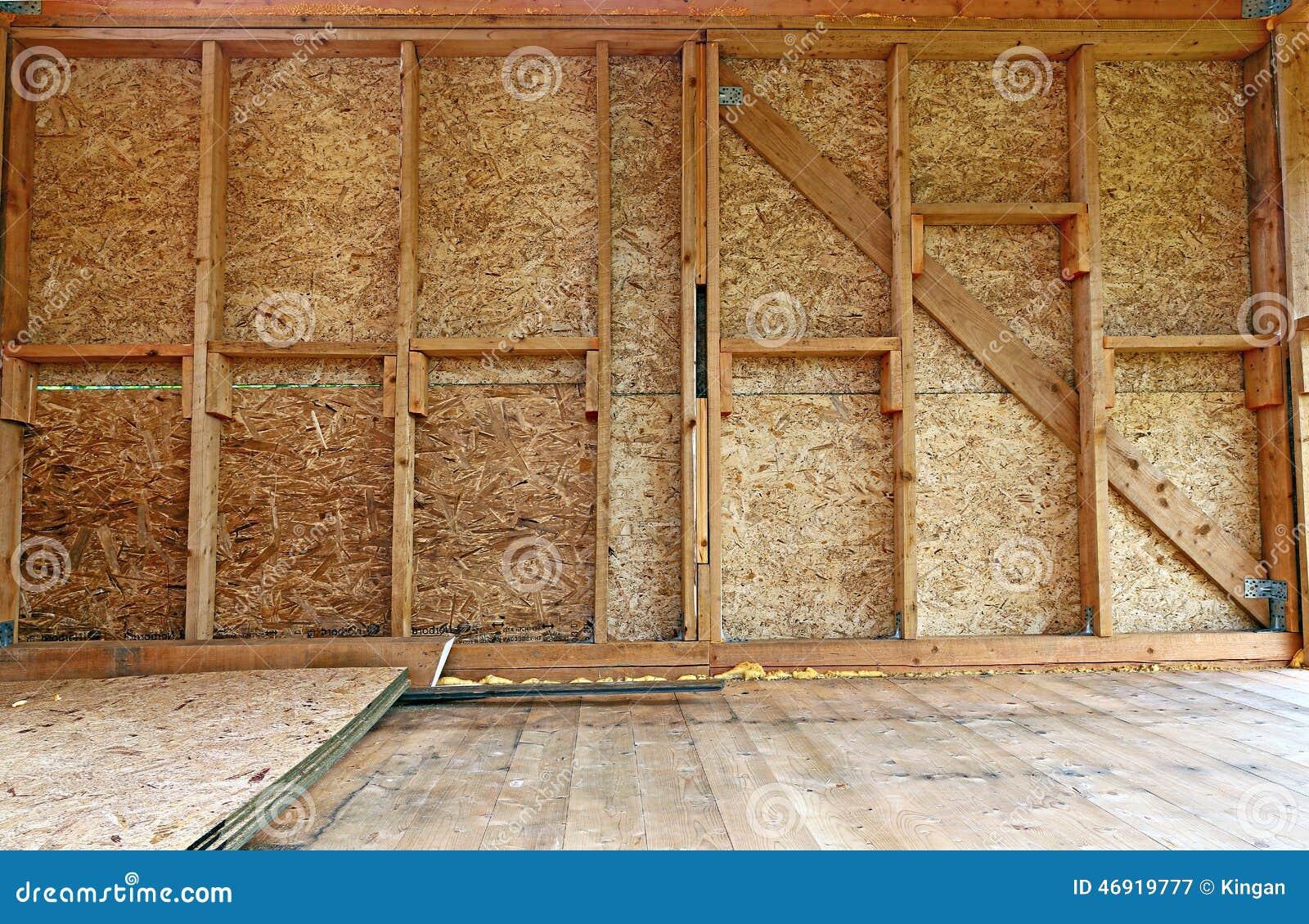 Paredes de madera latest en el mercado se consigue una - Paredes con madera ...