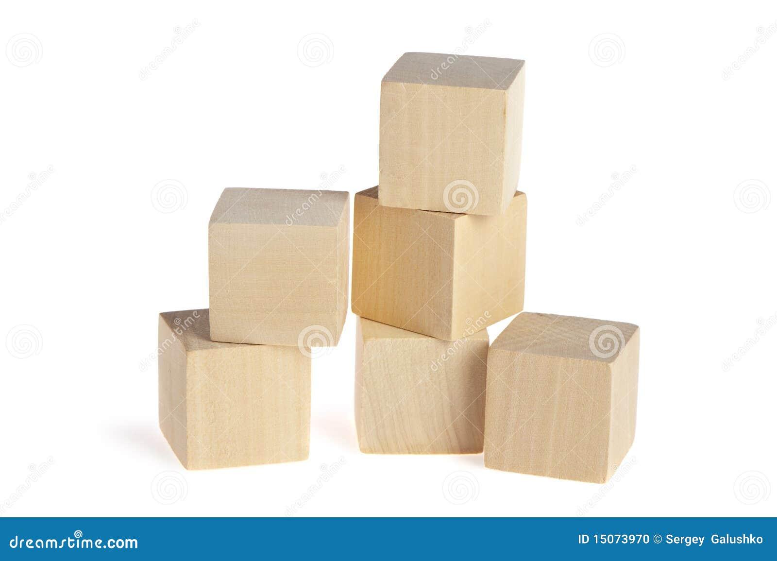 Construcci n de los cubos de madera foto de archivo - Cubos de madera ...