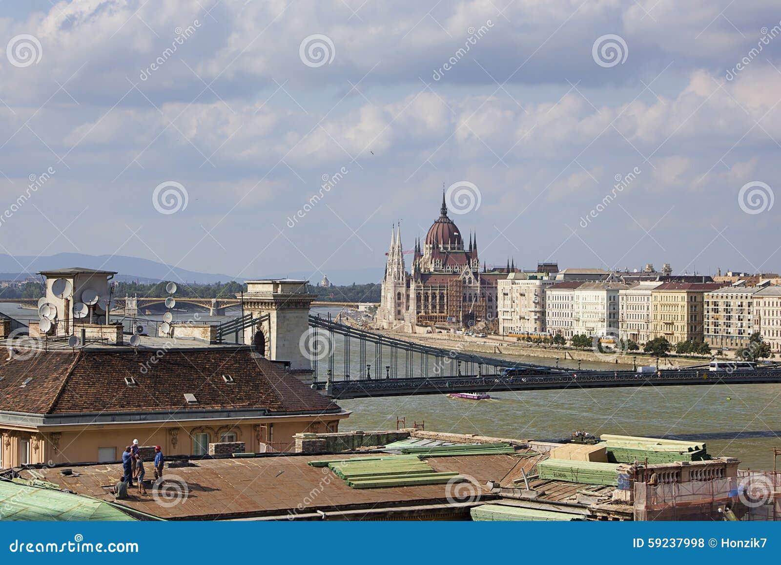 Construcción en la ciudad Budapest