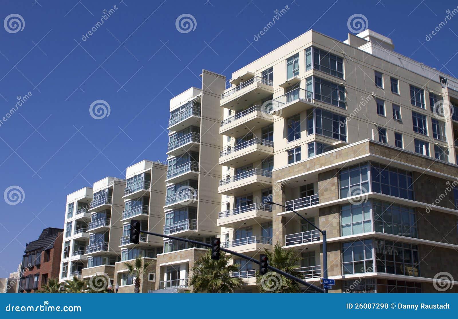 Construcciones de viviendas c ntricas modernas de la for Construcciones modernas