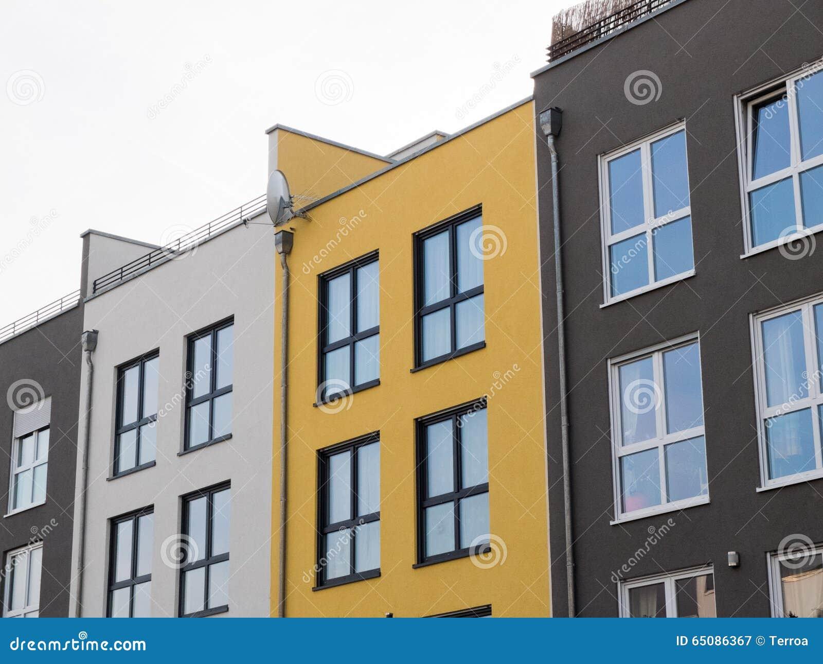 Viviendas modernas modelos de fachadas de viviendas for Viviendas modernas fachadas