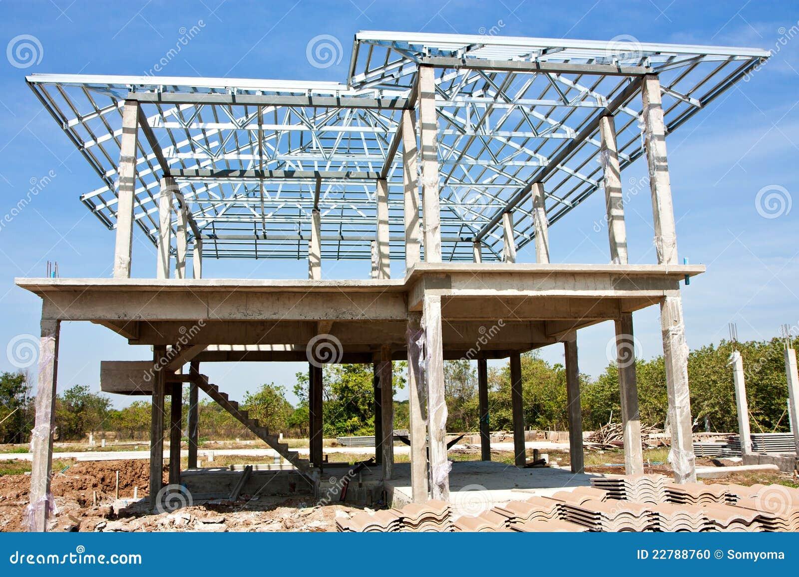 construction la maison neuve avec la structure de toit en acier photo stock image 22788760. Black Bedroom Furniture Sets. Home Design Ideas