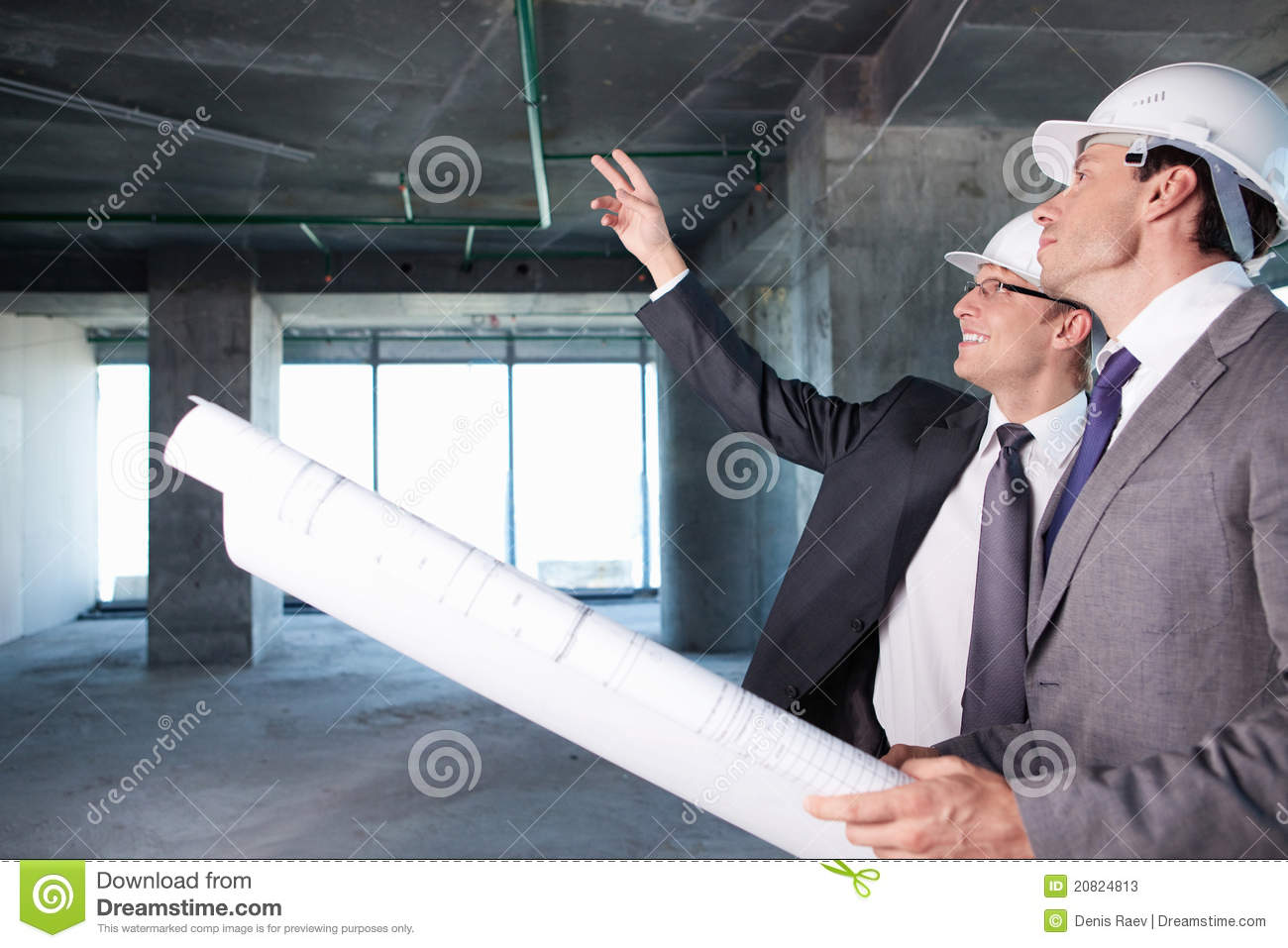 a description of an architect who designs and sometimes supervises the construction of buildings What are the tasks of an architect but generall they design and sometimes supervise the construction of primarily an architect designs buildings.