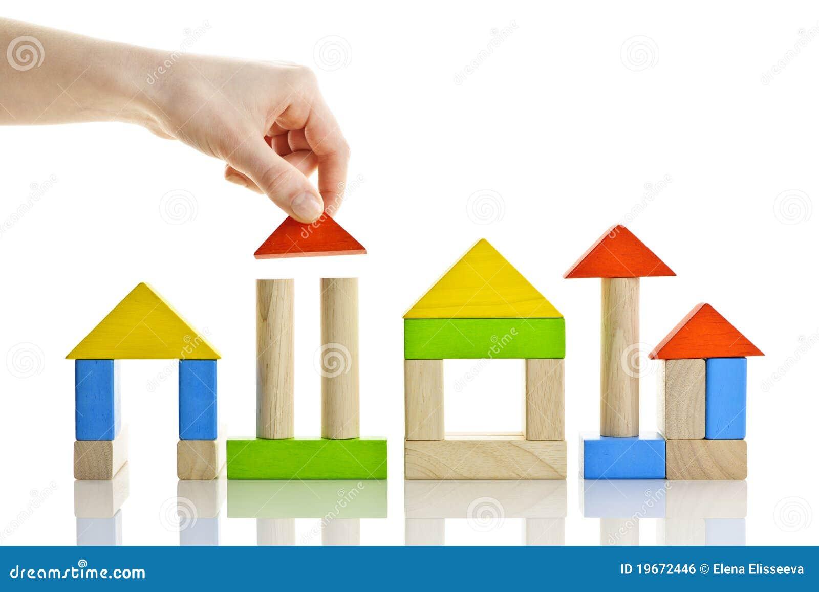Construction avec les blocs en bois photo stock image for Bloc construction bois