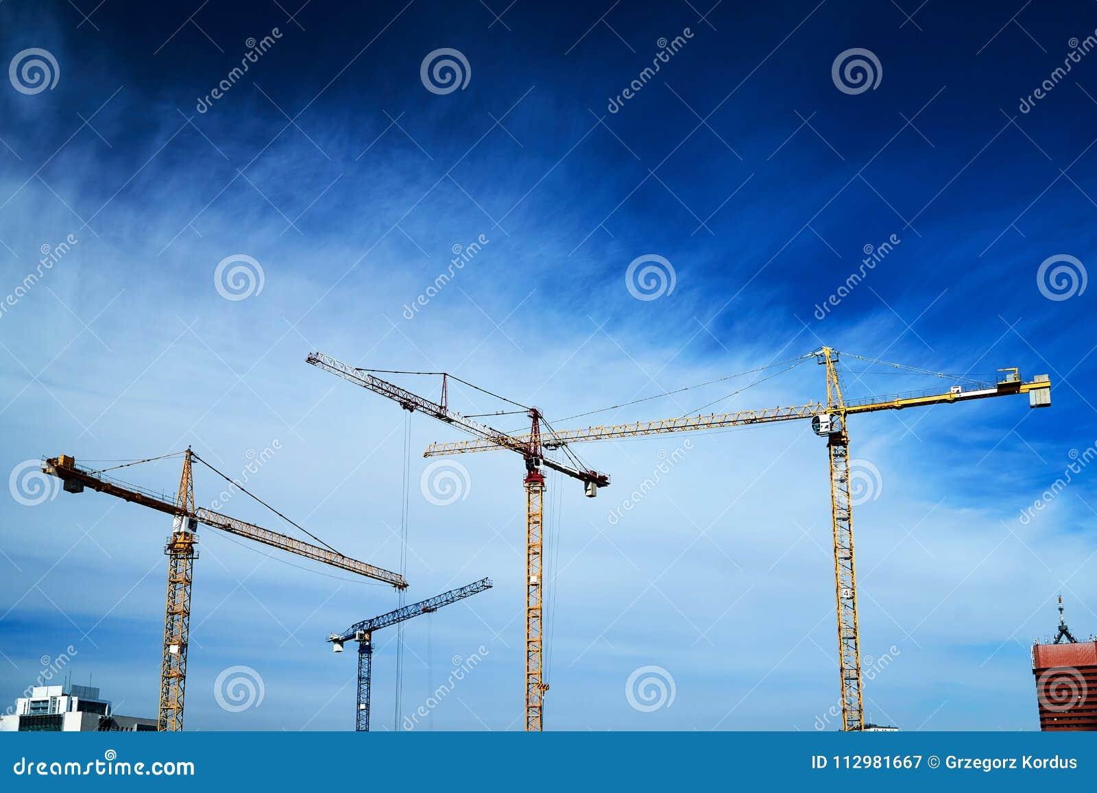 Construction crane constructions
