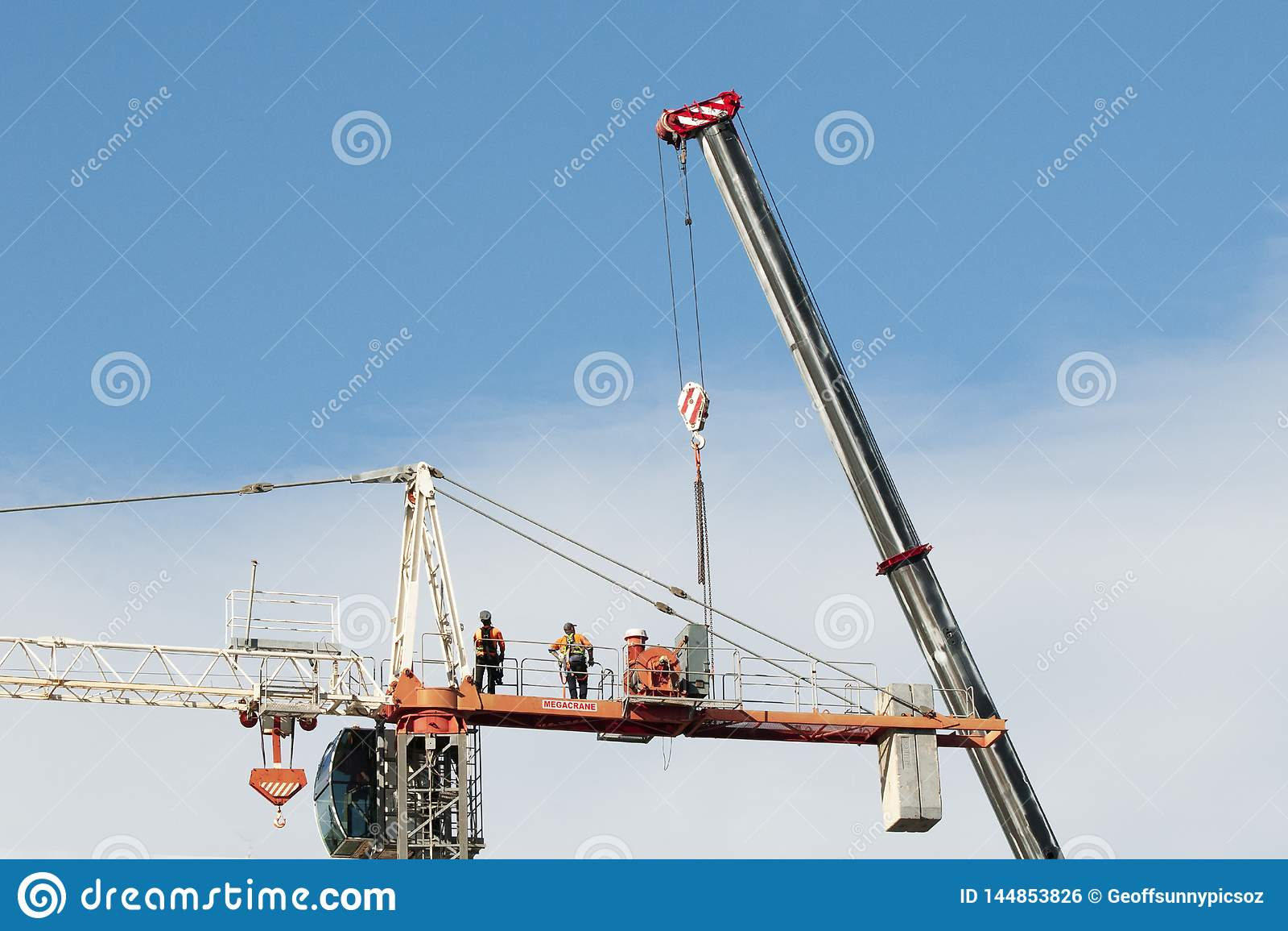 Construction crane removal. Update ed302 . Gosford. April 9, 2019
