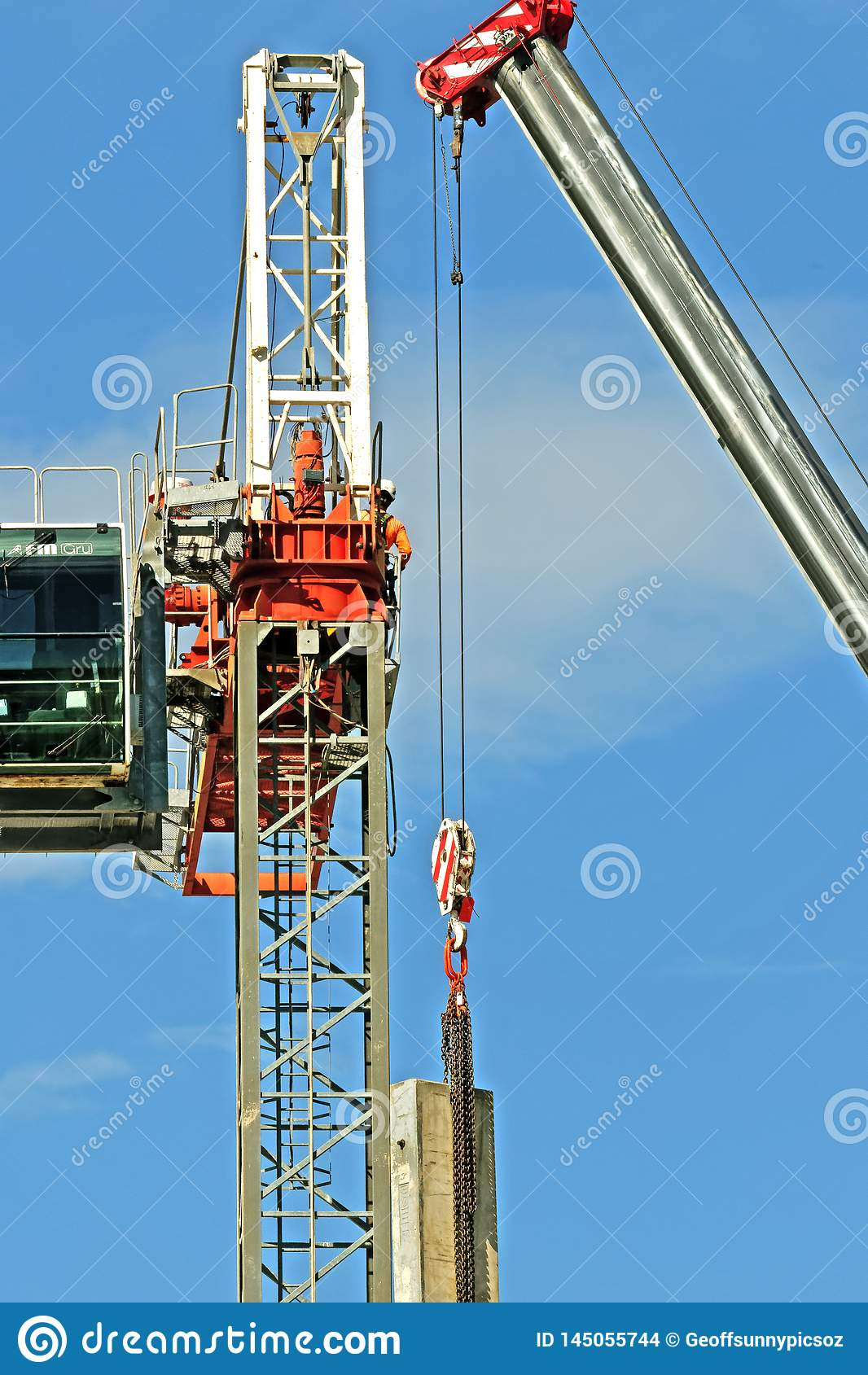 Construction crane removal. Update ed310. Gosford. April 9, 2019
