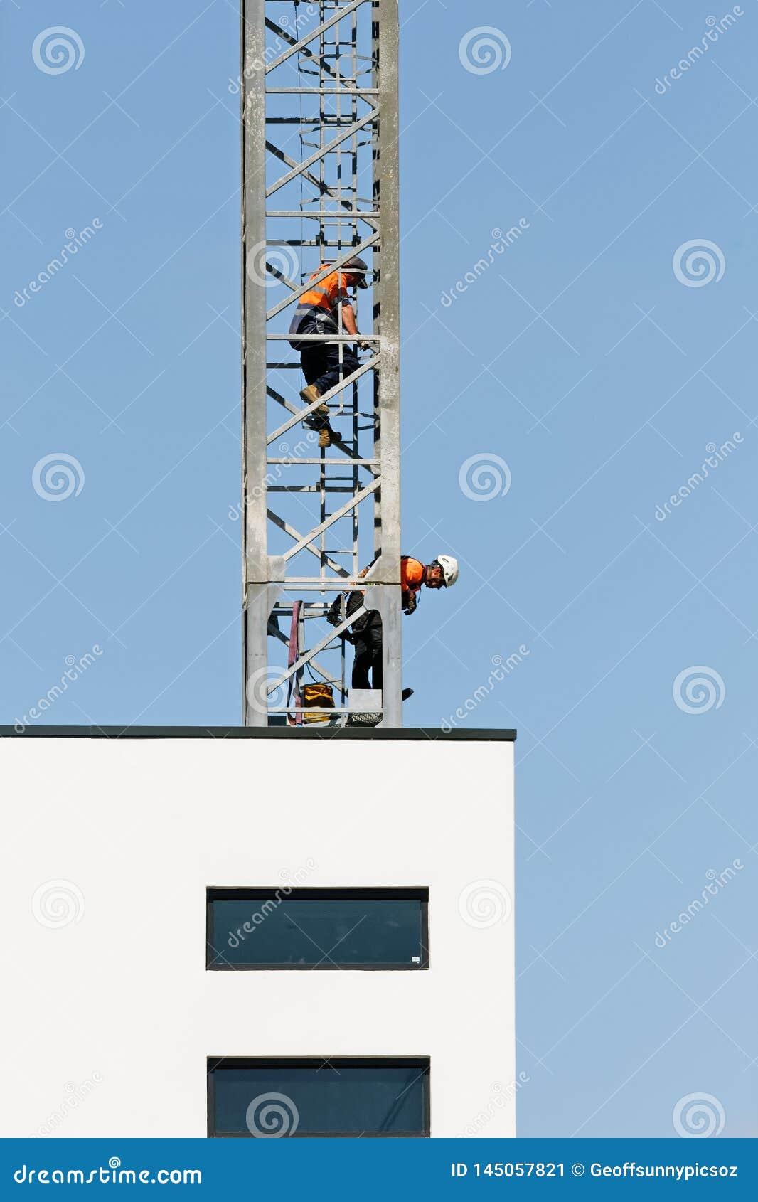 Construction crane removal. Update ed323. Gosford. April 9, 2019