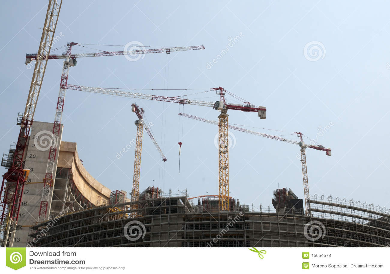 Construction d 39 un gratte ciel milan italie photos libres de droits i - Construction gratte ciel ...