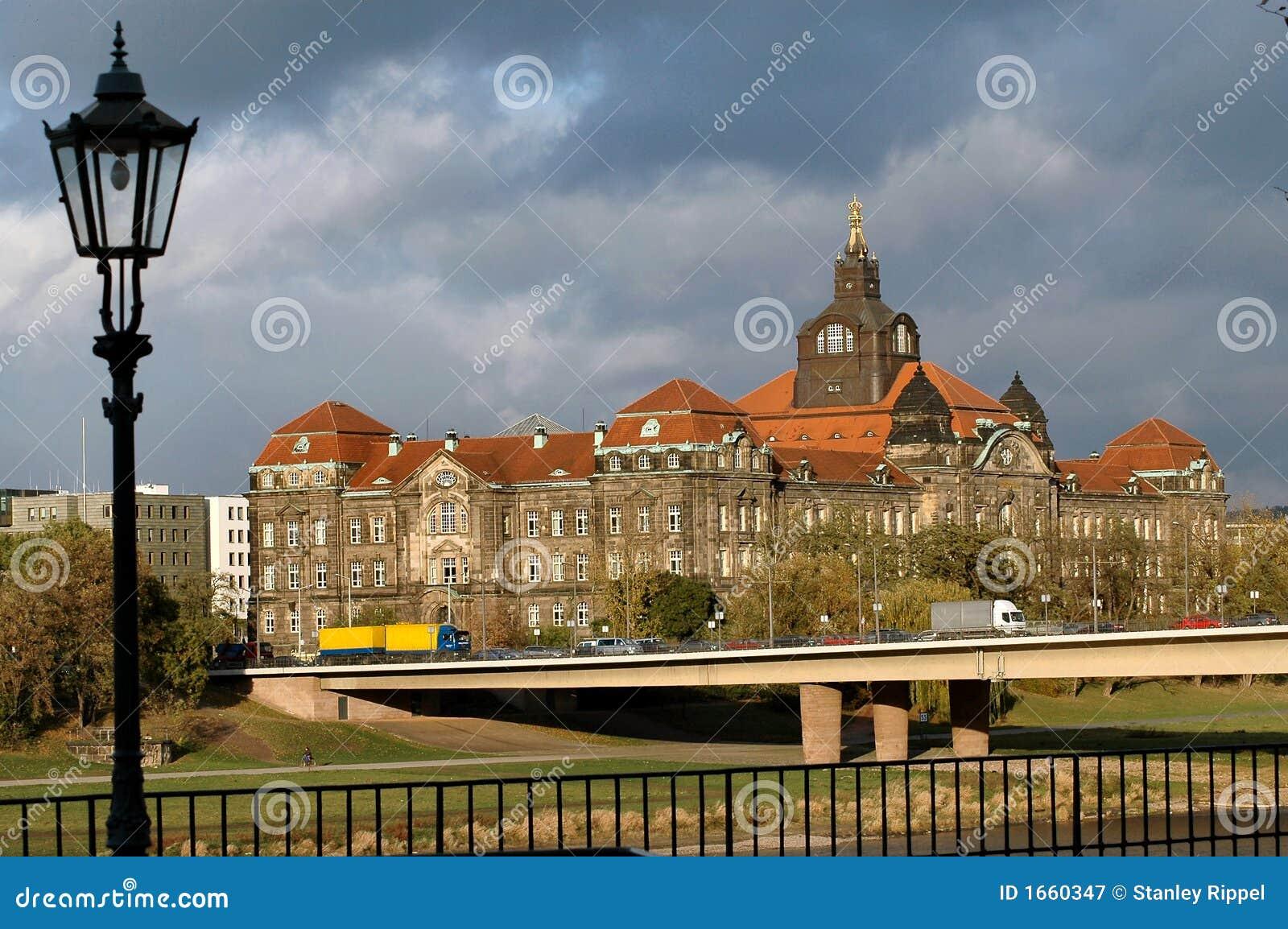 Construction de gouvernement à Dresde, Allemagne