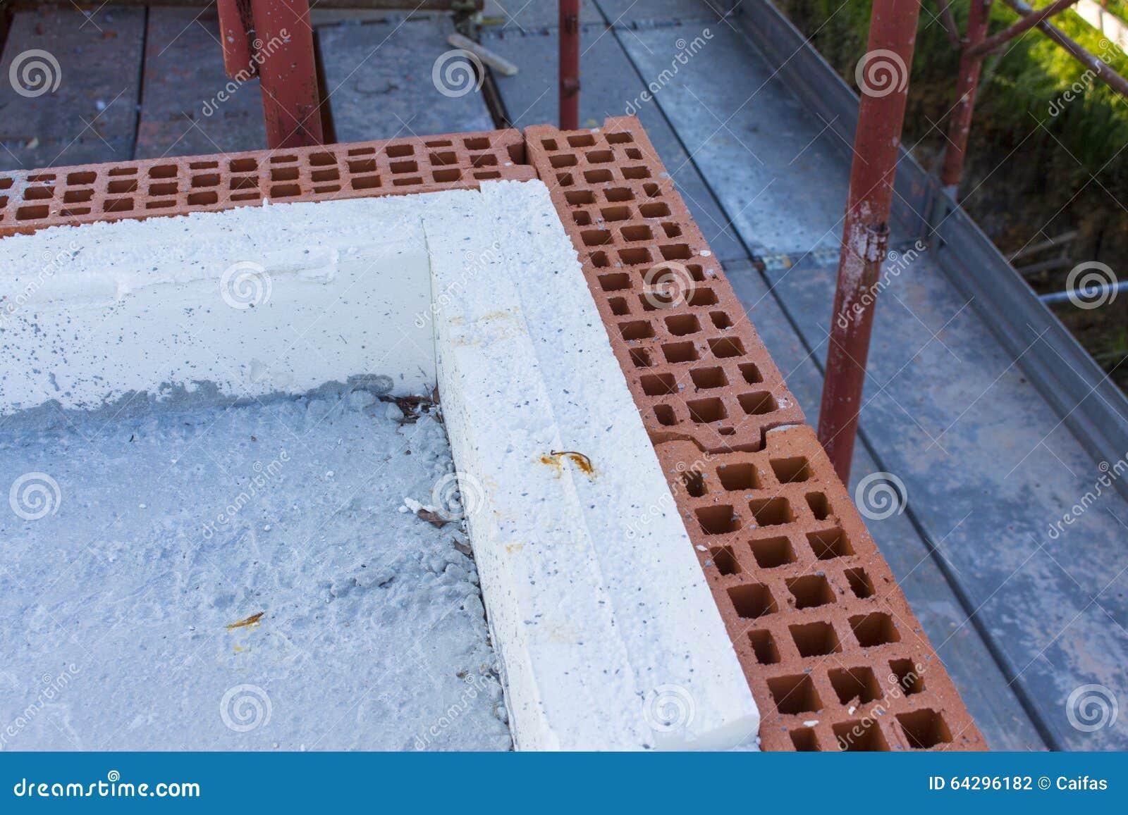 Construction de mur avec l 39 isolation photo stock image for Isolation construction