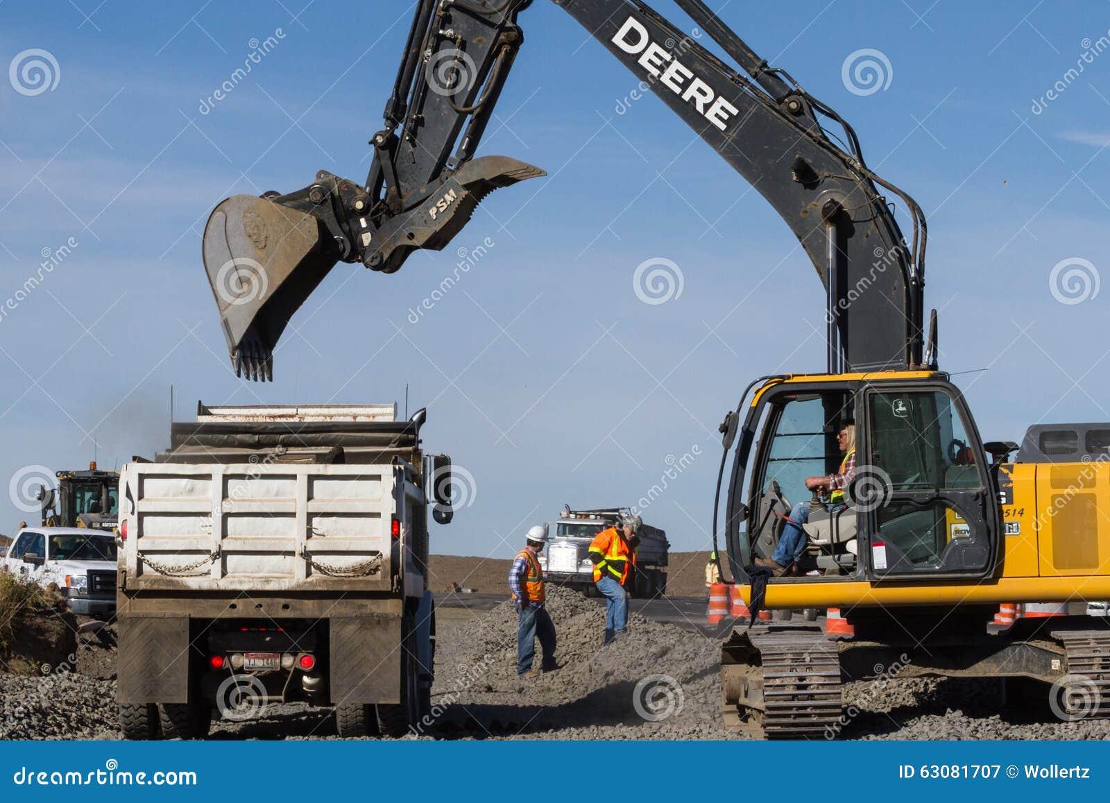 Download Construction de routes photographie éditorial. Image du matériel - 63081707