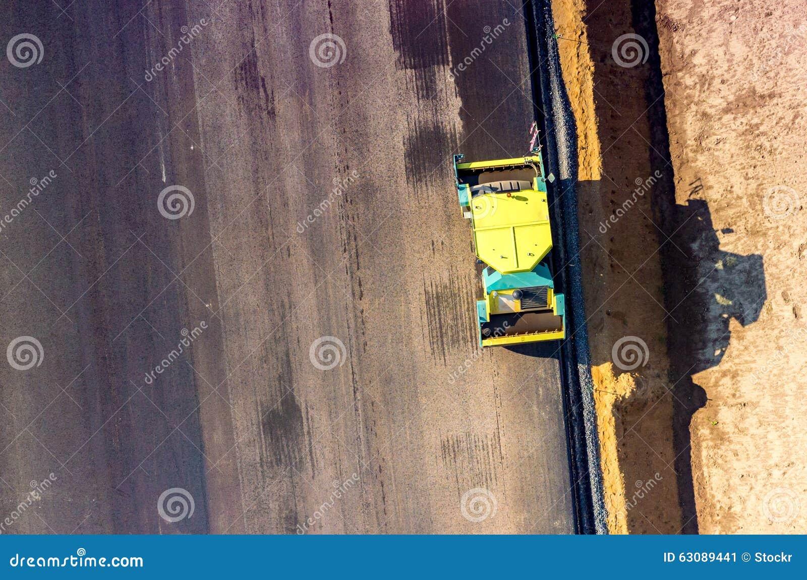 Download Construction De Routes Neuve Image stock - Image du paver, matériel: 63089441